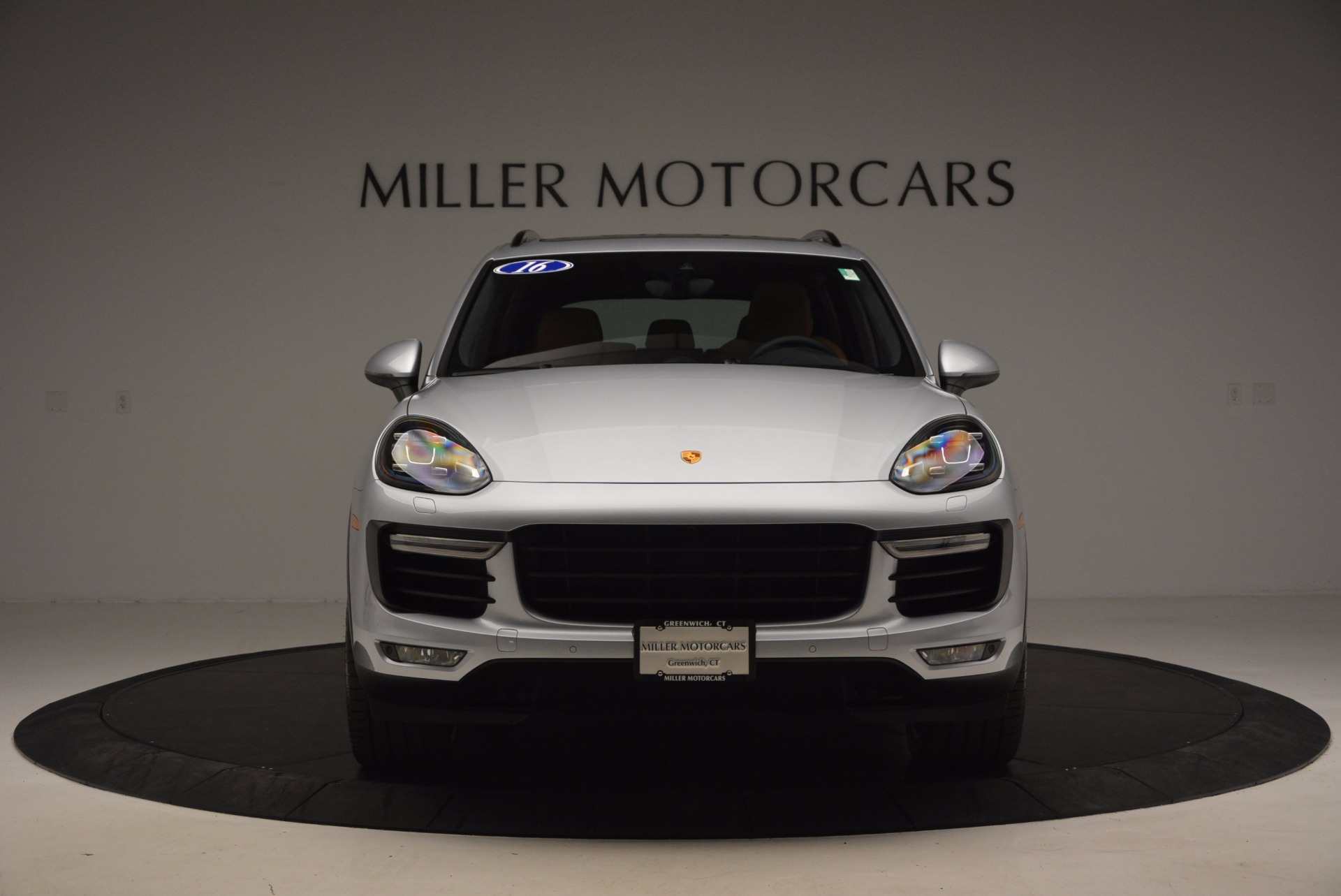 Used 2016 Porsche Cayenne Turbo For Sale In Greenwich, CT 1000_p12