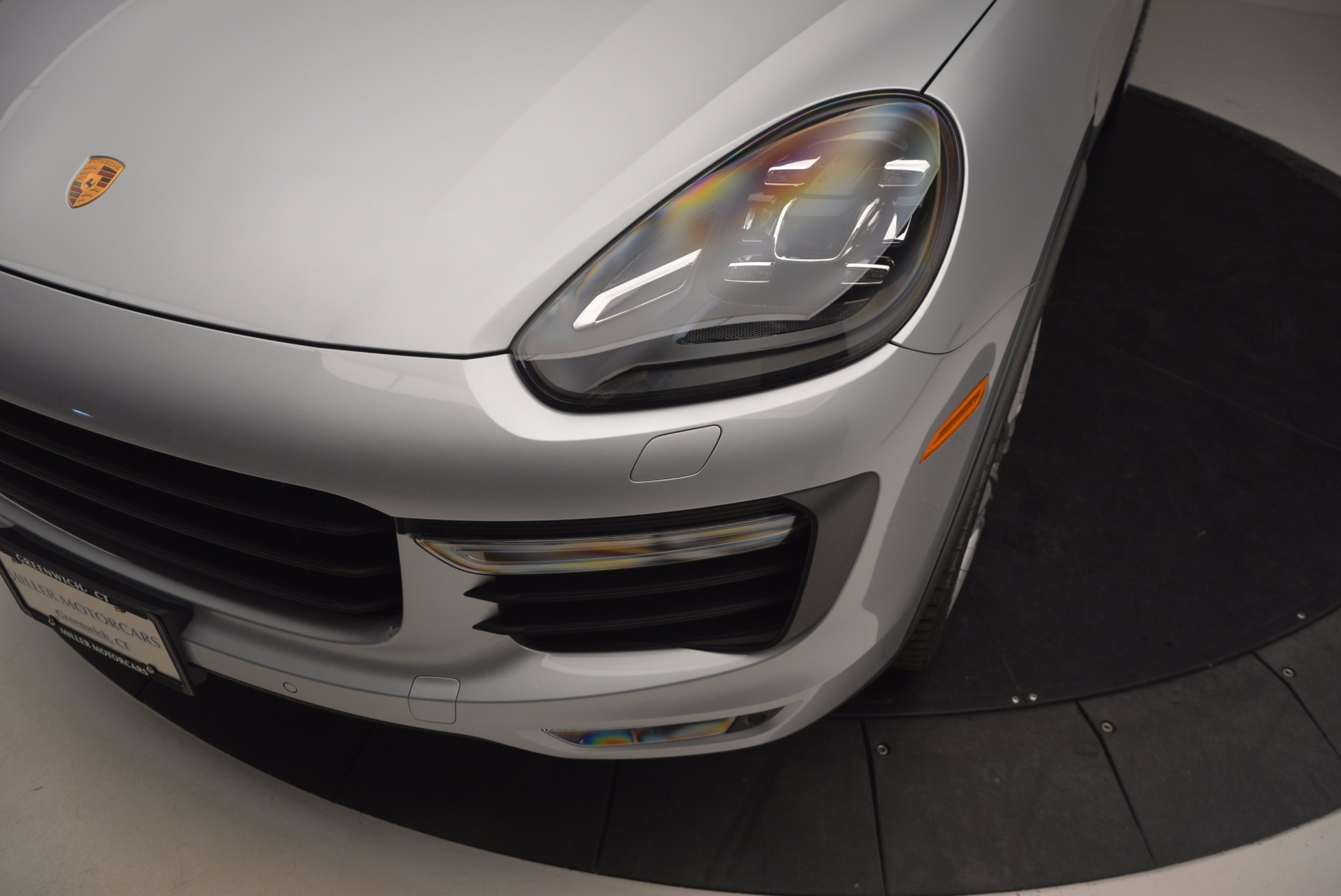 Used 2016 Porsche Cayenne Turbo For Sale In Greenwich, CT 1000_p14