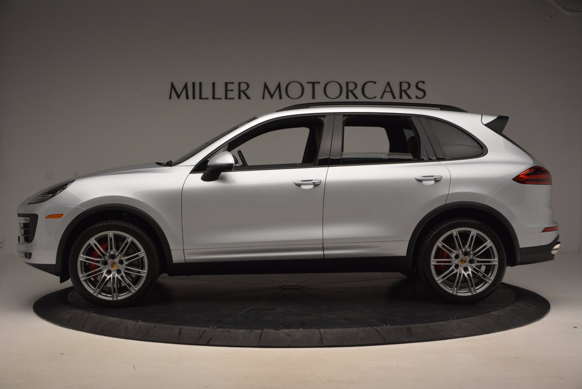 Used 2016 Porsche Cayenne Turbo For Sale In Greenwich, CT 1000_p3