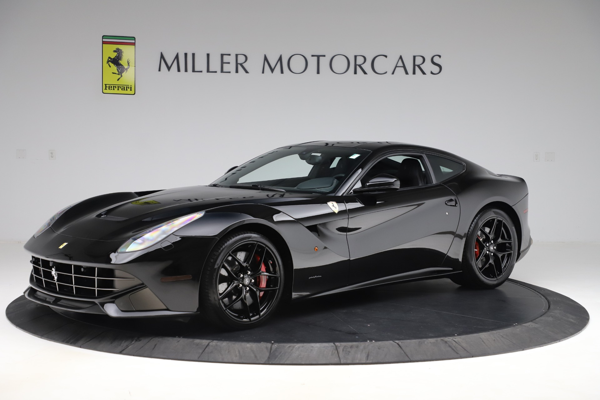 Used 2016 Ferrari F12 Berlinetta  For Sale In Greenwich, CT 1008_p2