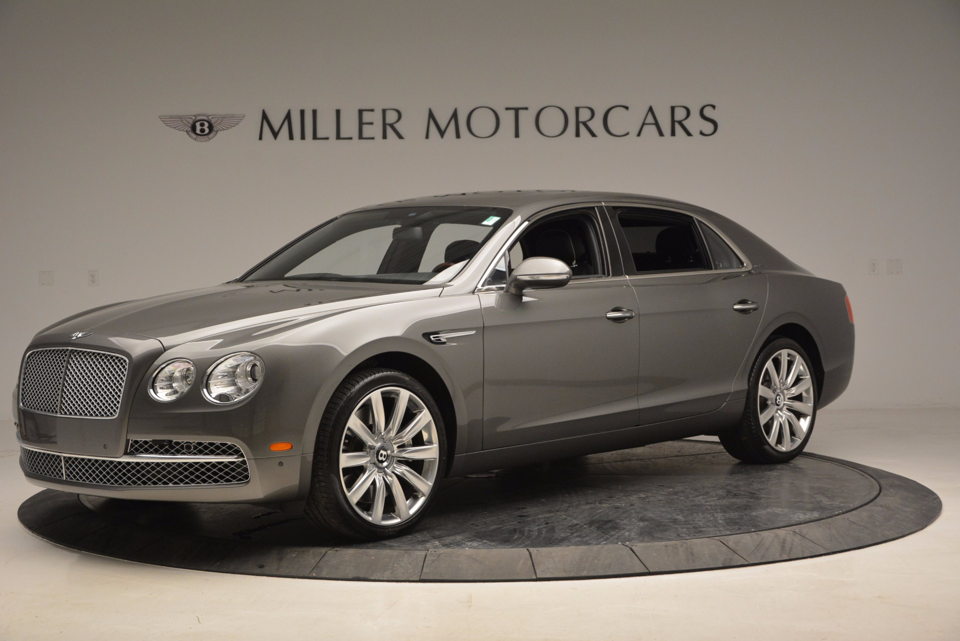 Used 2014 Bentley Flying Spur  For Sale In Greenwich, CT 1009_p2