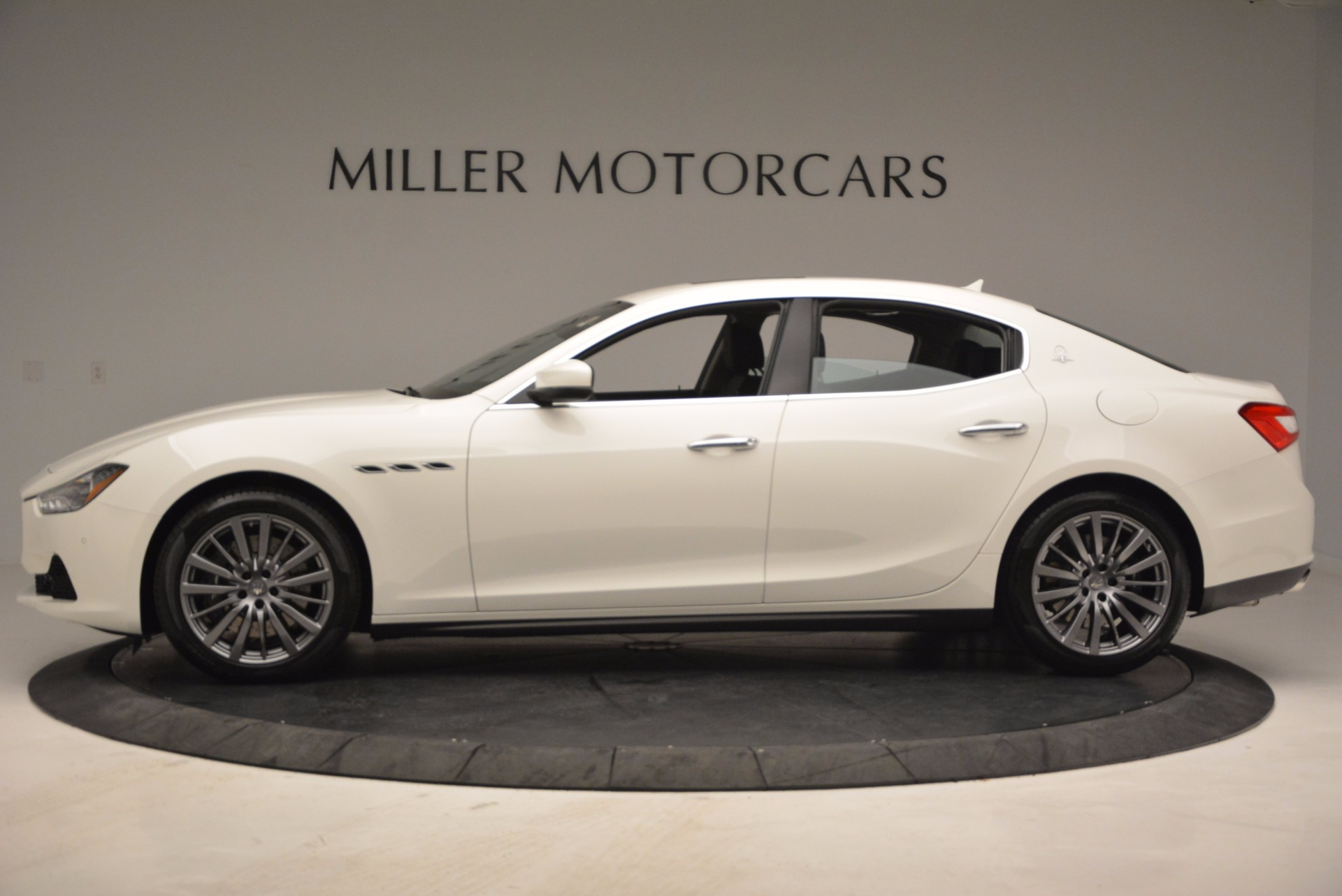 New 2017 Maserati Ghibli S Q4 EX-Loaner For Sale In Greenwich, CT 1031_p3