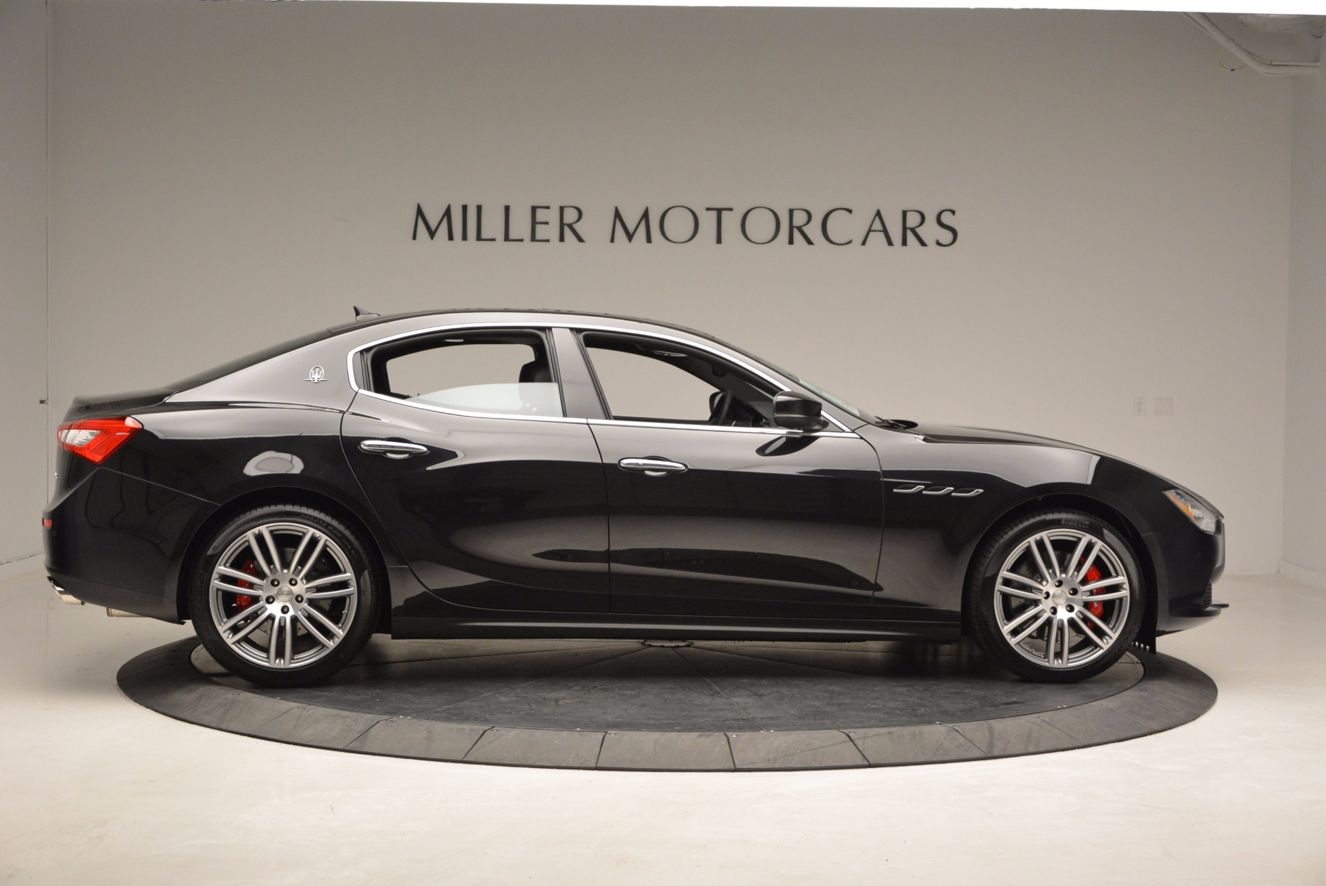 New 2017 Maserati Ghibli SQ4 For Sale In Greenwich, CT 1033_p9