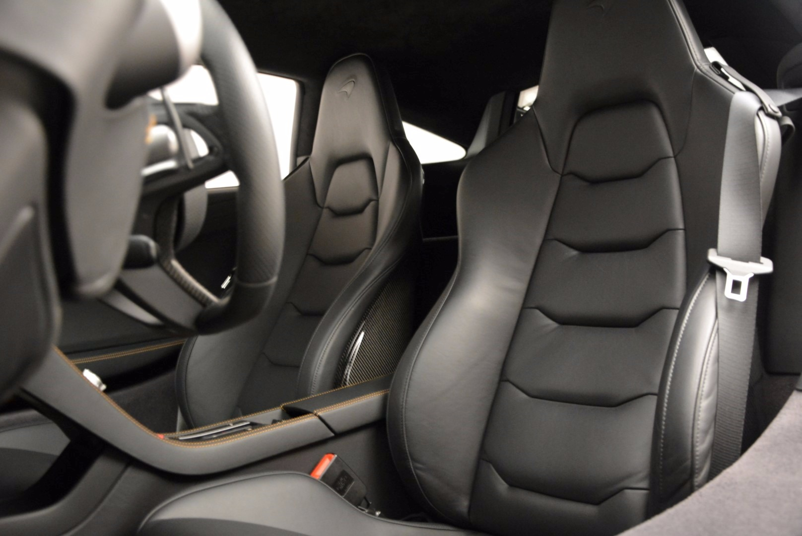 Used 2012 McLaren MP4-12C  For Sale In Greenwich, CT 1035_p23