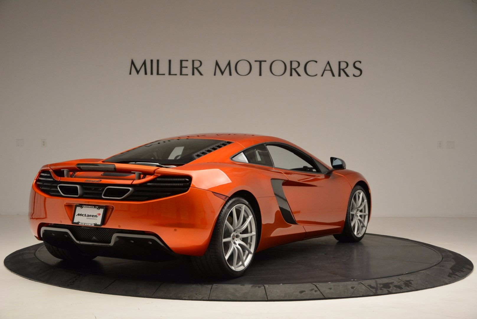 Used 2012 McLaren MP4-12C  For Sale In Greenwich, CT 1035_p7