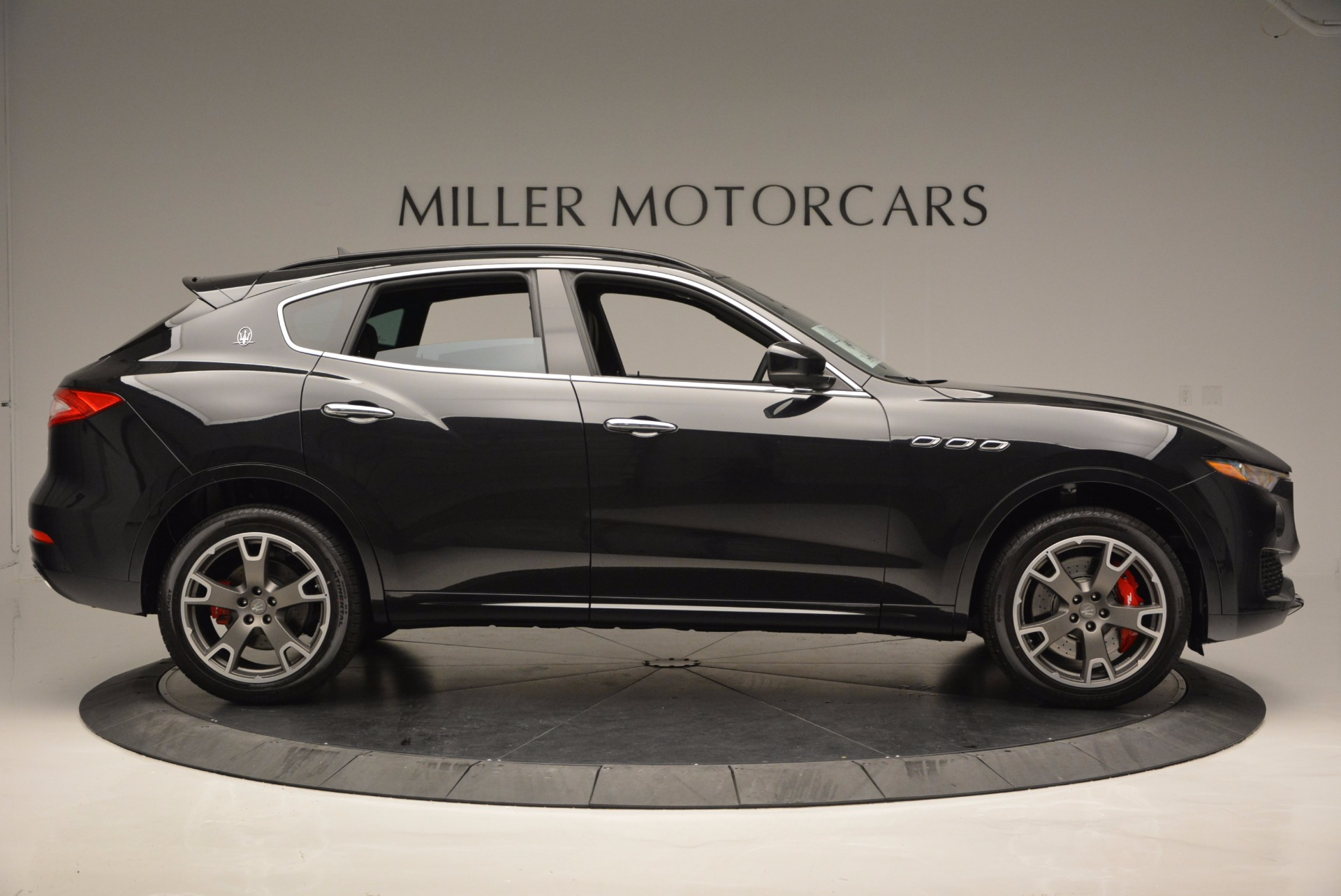 New 2017 Maserati Levante  For Sale In Greenwich, CT 1040_p9