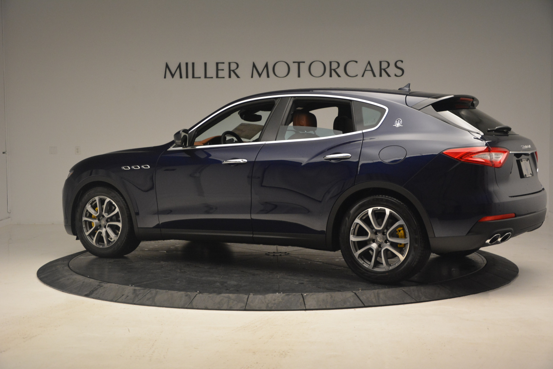 New 2017 Maserati Levante  For Sale In Greenwich, CT 1045_p4