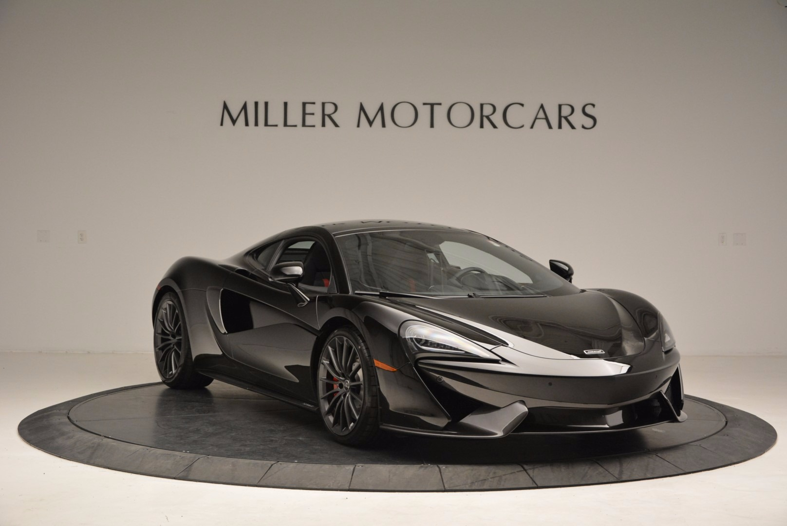 Used 2017 McLaren 570GT  For Sale In Greenwich, CT 1055_p11