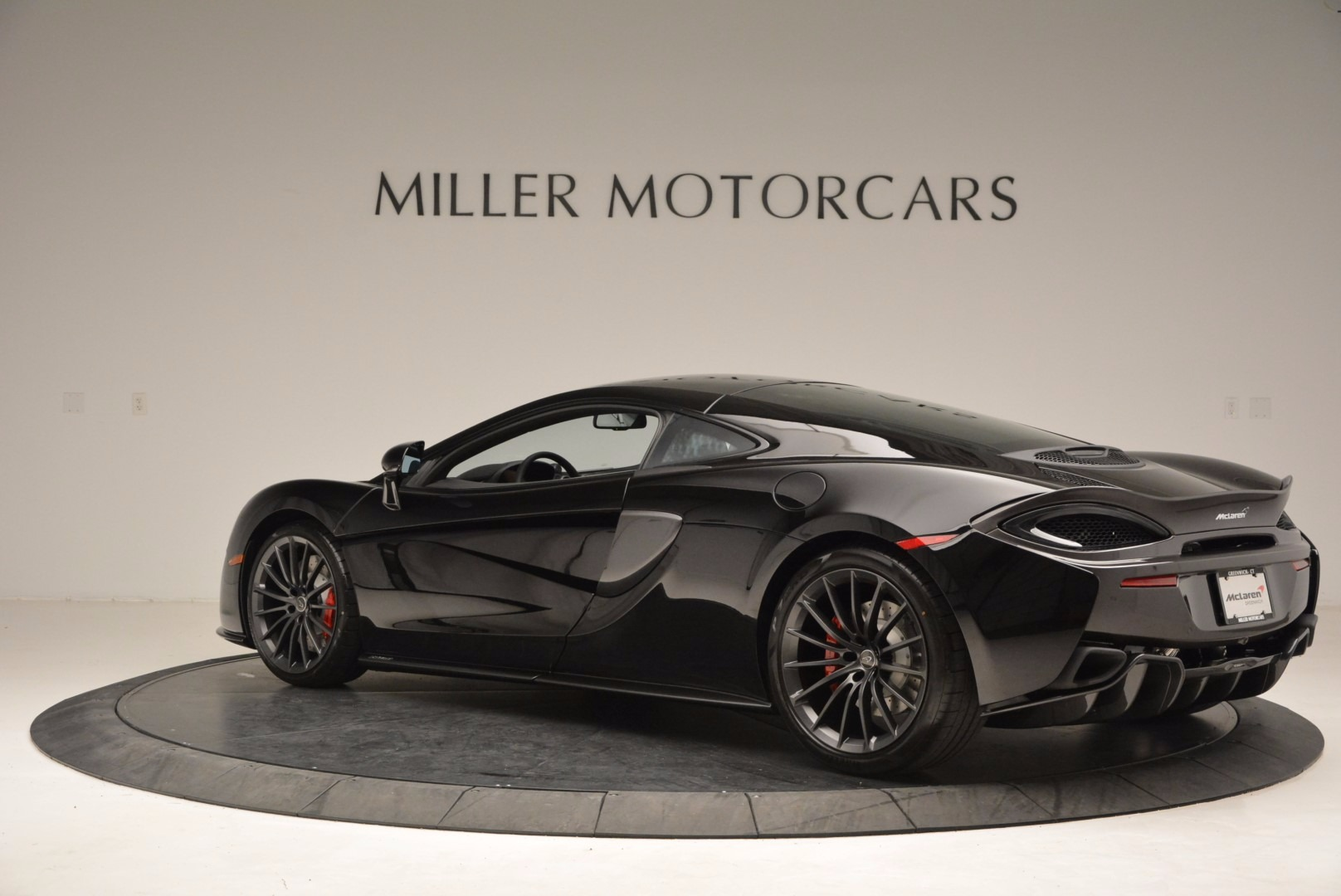Used 2017 McLaren 570GT  For Sale In Greenwich, CT 1055_p4