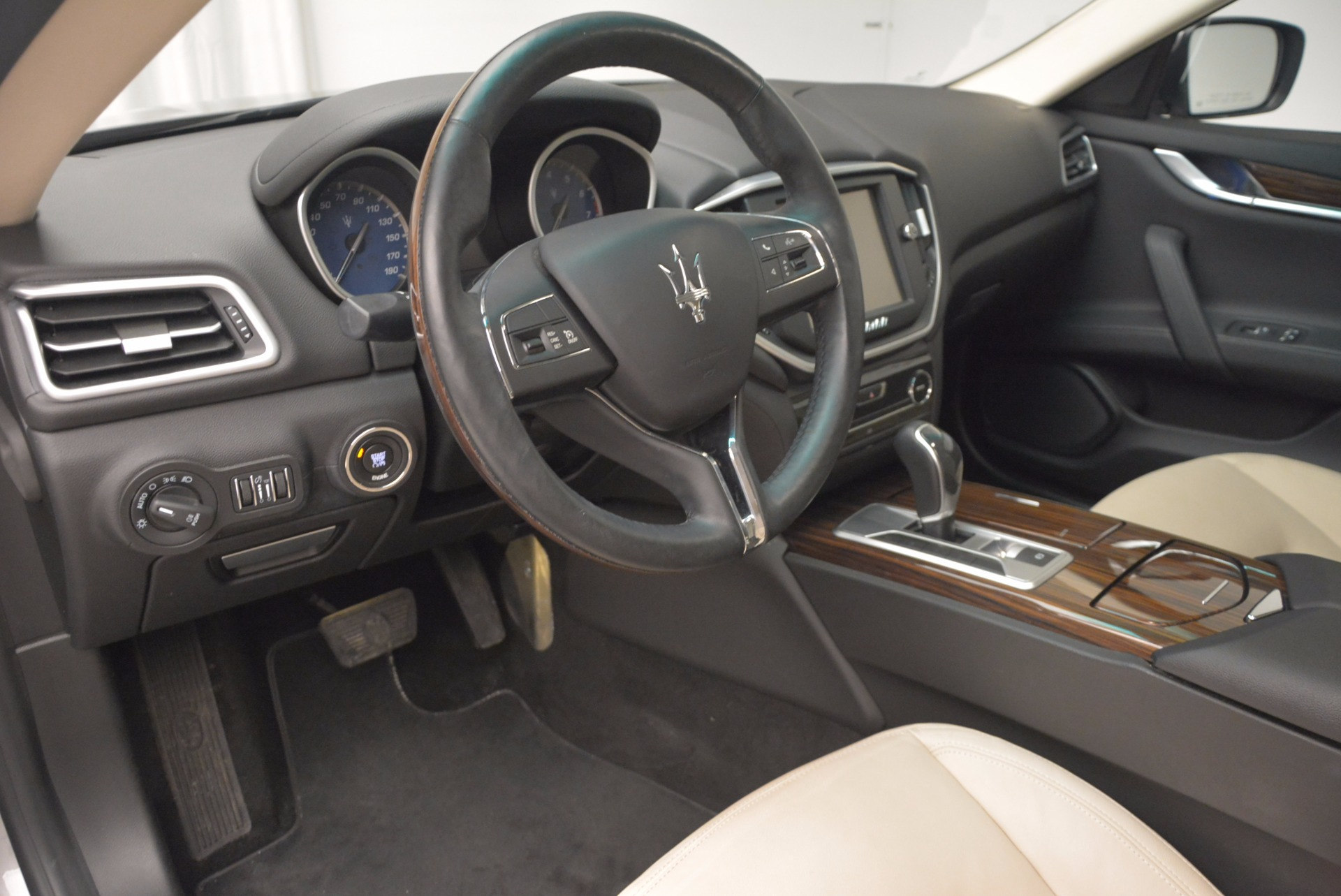 Used 2015 Maserati Ghibli S Q4 For Sale In Greenwich, CT 1059_p13