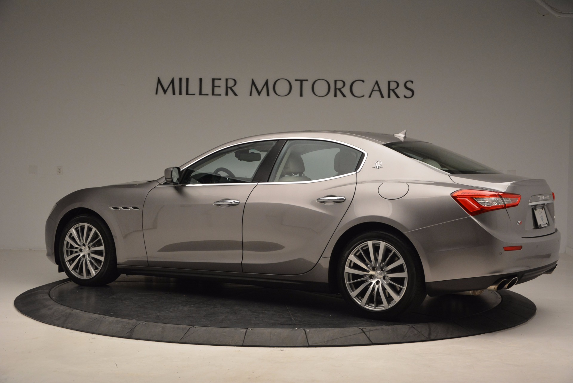 Used 2015 Maserati Ghibli S Q4 For Sale In Greenwich, CT 1059_p4