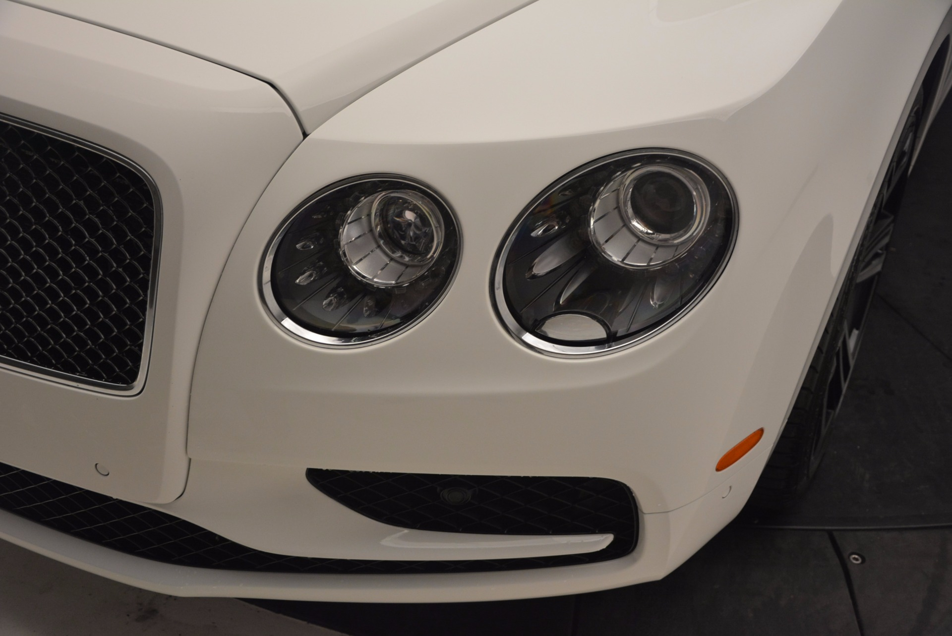 New 2017 Bentley Flying Spur V8 S For Sale In Greenwich, CT 1060_p15