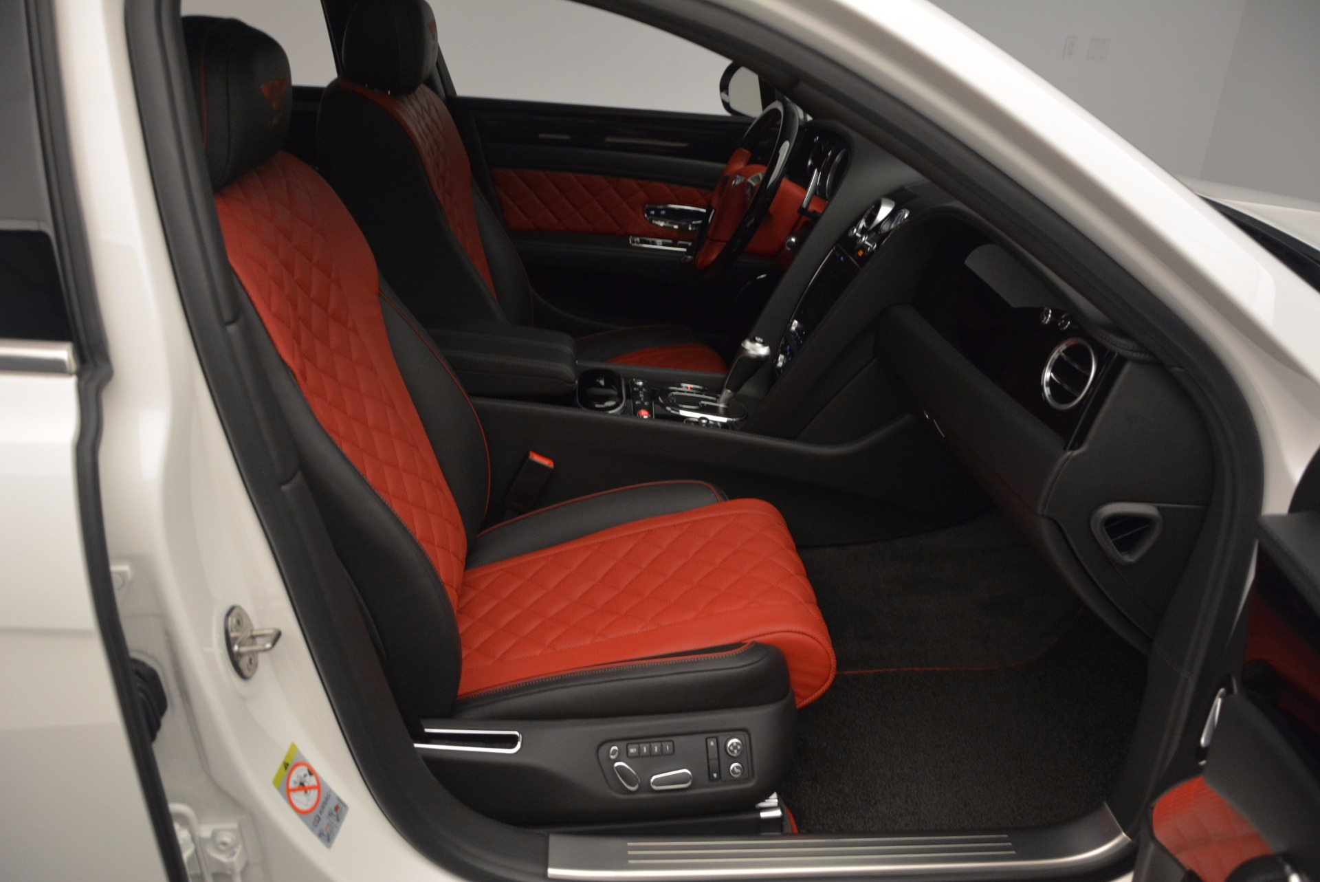 New 2017 Bentley Flying Spur V8 S For Sale In Greenwich, CT 1060_p38