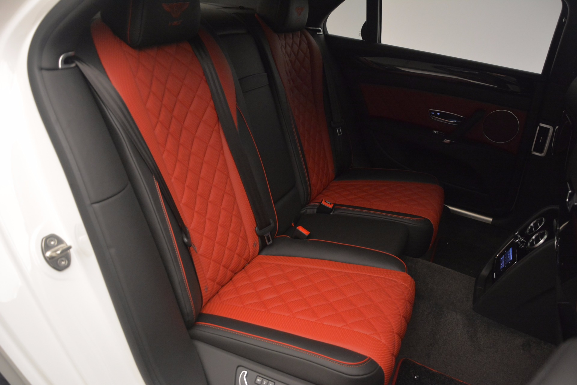 New 2017 Bentley Flying Spur V8 S For Sale In Greenwich, CT 1060_p42