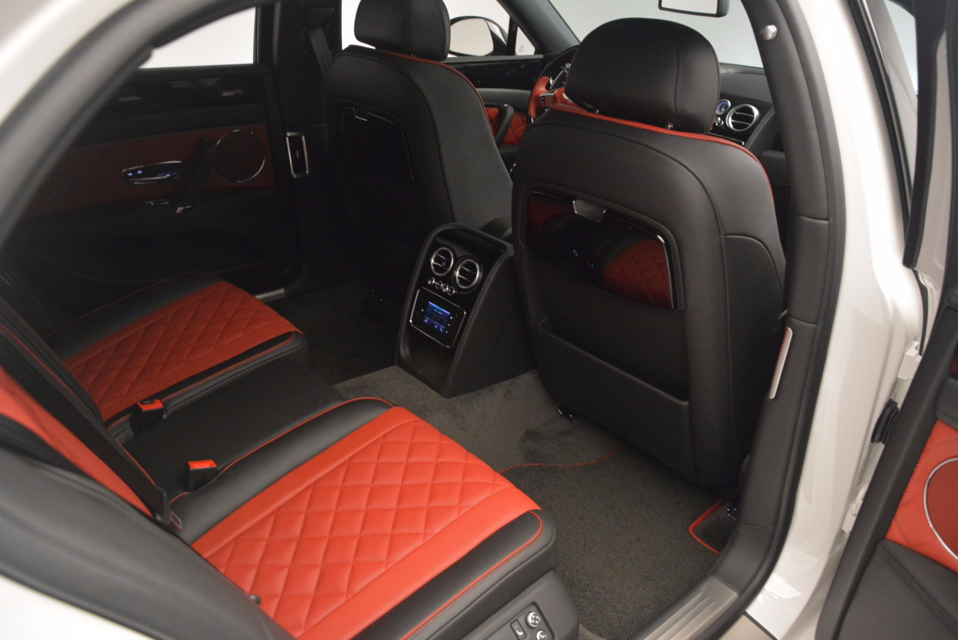 New 2017 Bentley Flying Spur V8 S For Sale In Greenwich, CT 1060_p44
