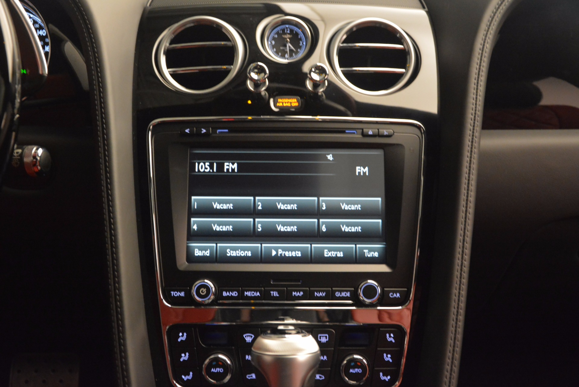 New 2017 Bentley Flying Spur V8 S For Sale In Greenwich, CT 1060_p46