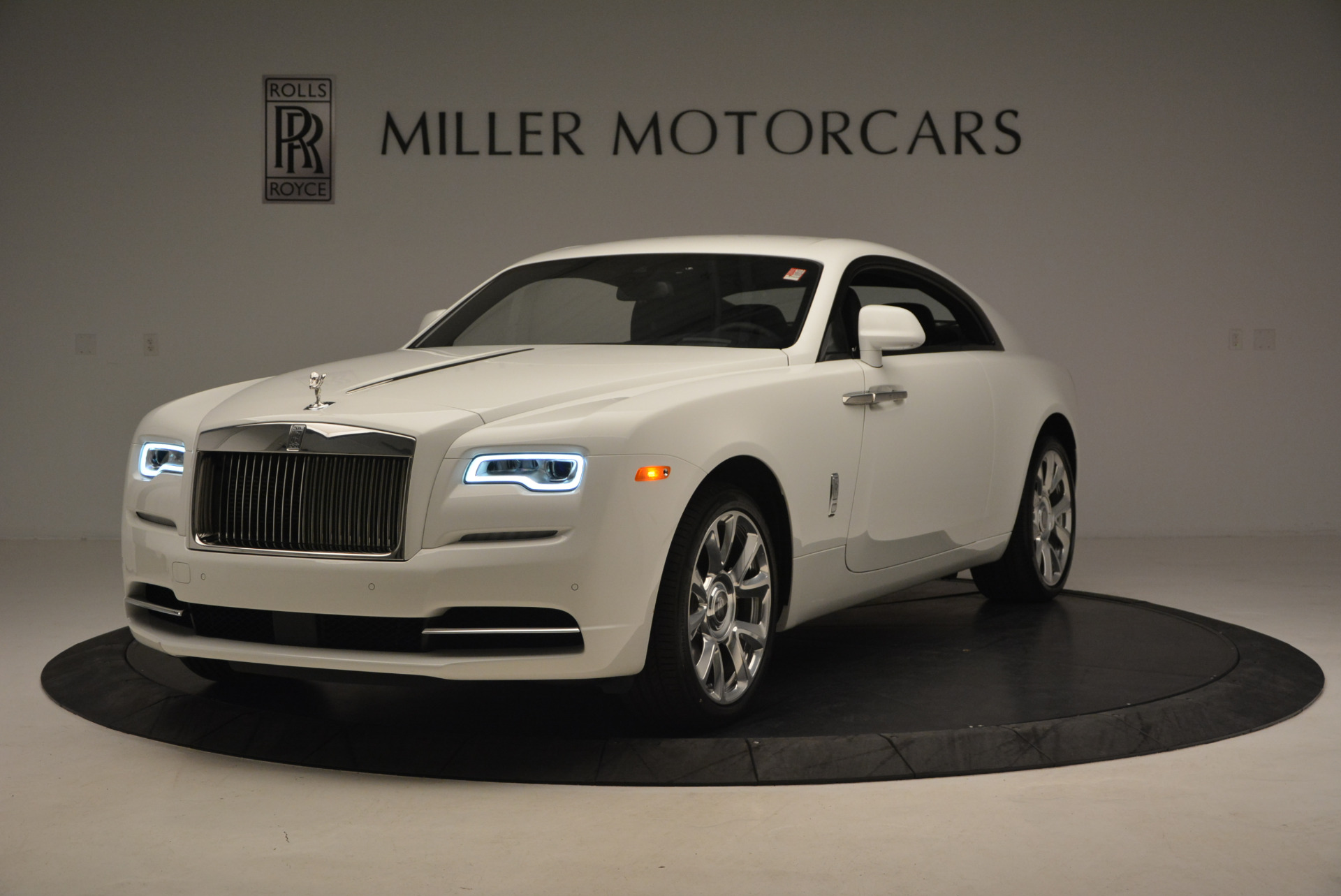 New 2017 Rolls-Royce Wraith  For Sale In Greenwich, CT 1061_main