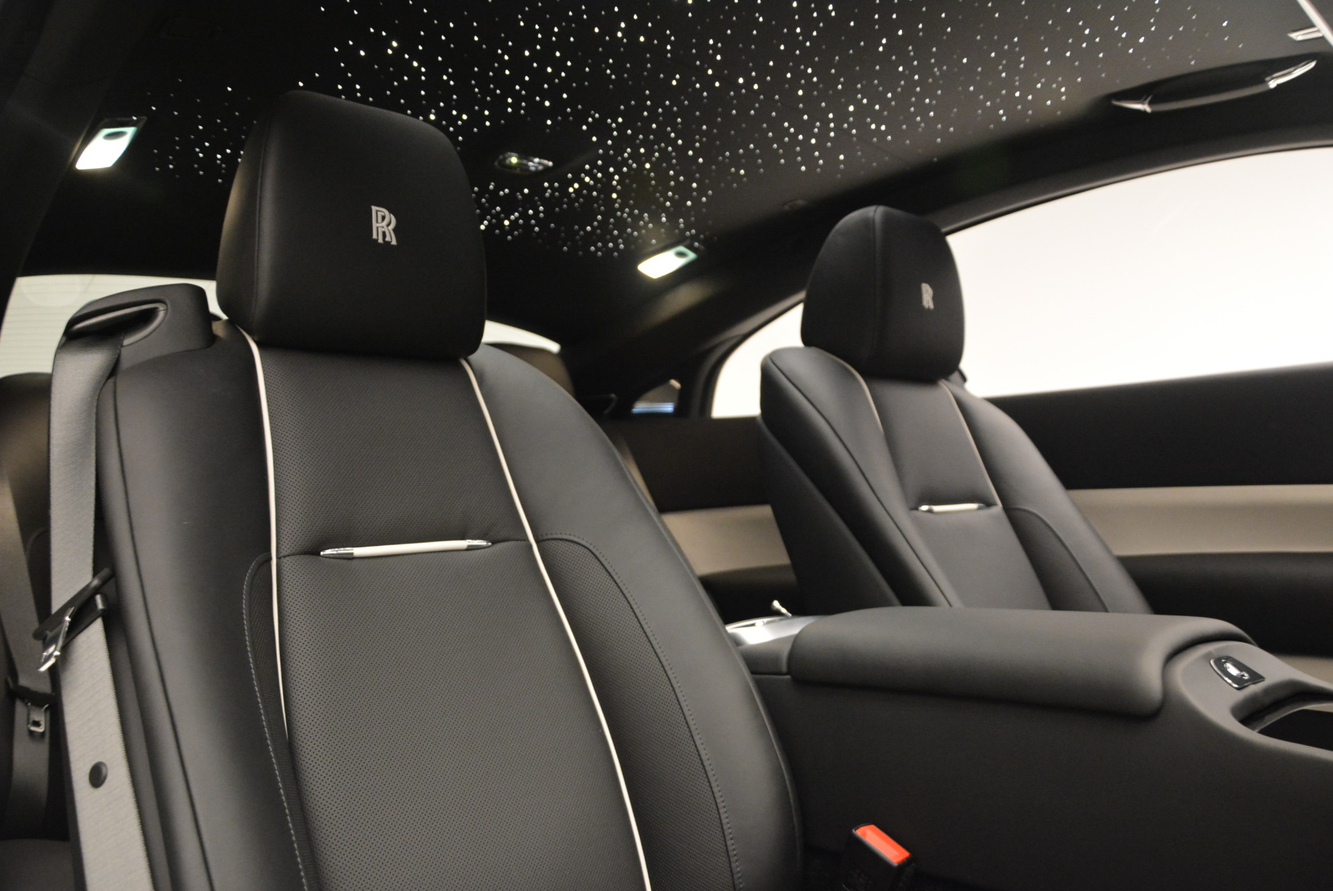 New 2017 Rolls-Royce Wraith  For Sale In Greenwich, CT 1061_p25