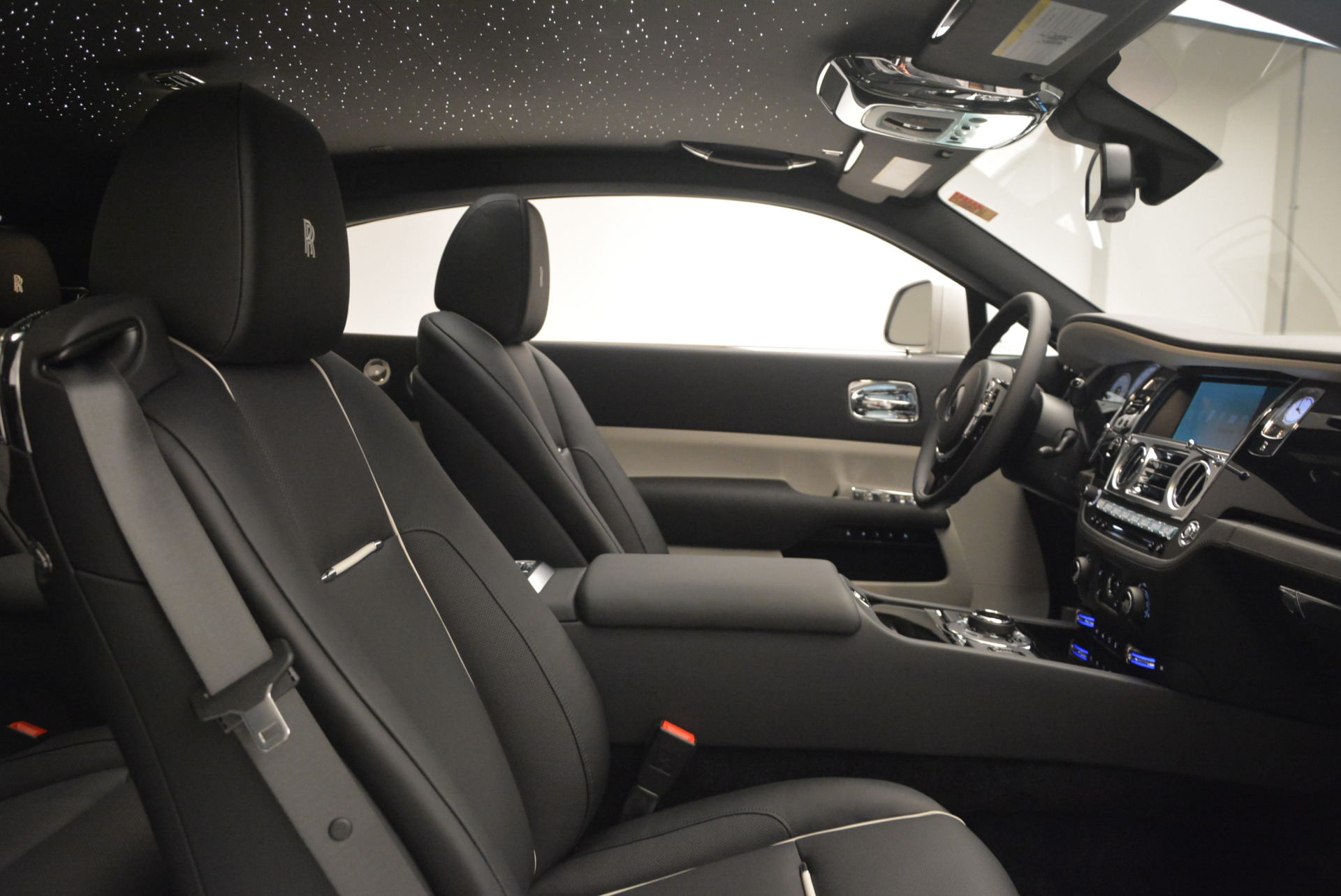 New 2017 Rolls-Royce Wraith  For Sale In Greenwich, CT 1061_p26