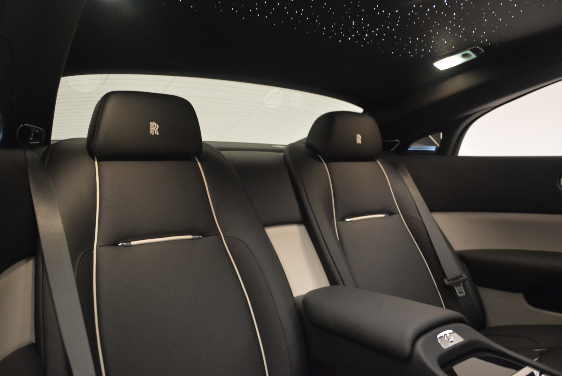 New 2017 Rolls-Royce Wraith  For Sale In Greenwich, CT 1061_p27