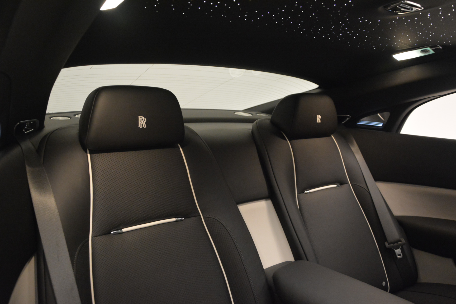 New 2017 Rolls-Royce Wraith  For Sale In Greenwich, CT 1061_p28