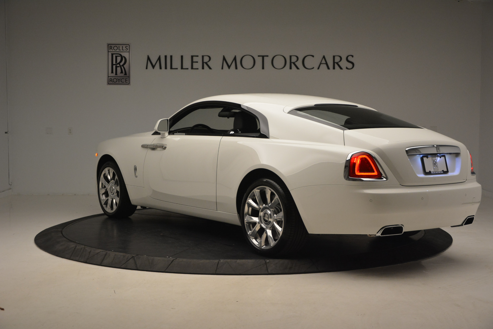 New 2017 Rolls-Royce Wraith  For Sale In Greenwich, CT 1061_p5