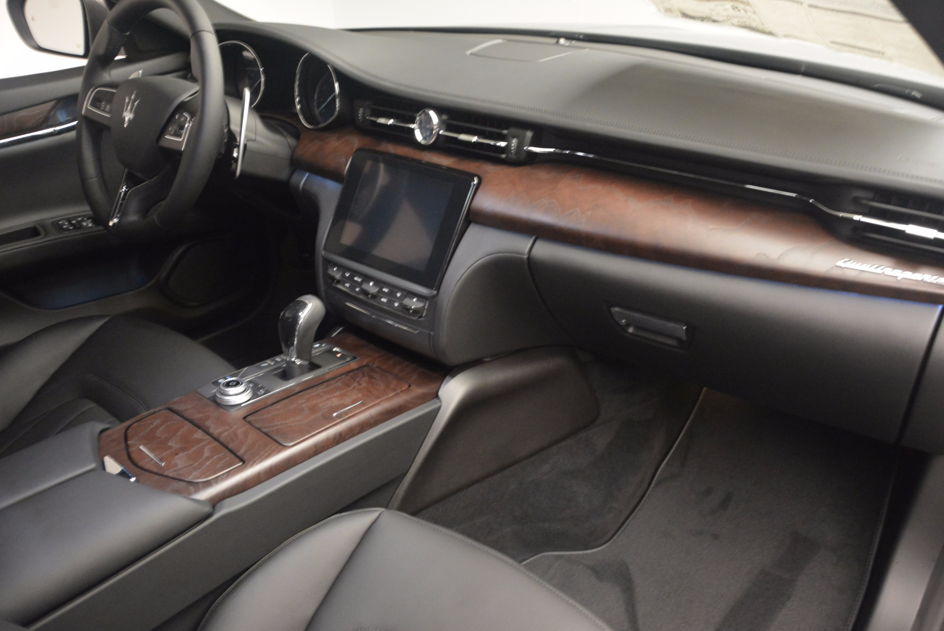 New 2017 Maserati Quattroporte SQ4 For Sale In Greenwich, CT 1066_p22