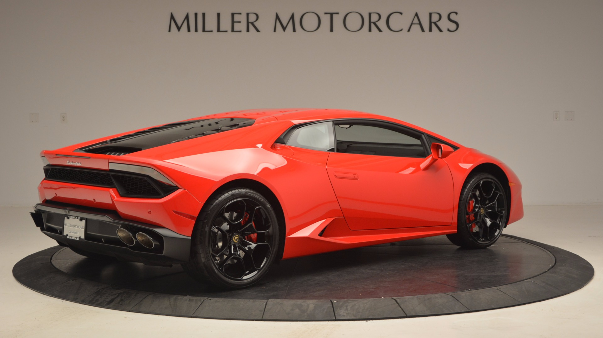 Used 2016 Lamborghini Huracan LP 580-2 For Sale In Greenwich, CT 1070_p8