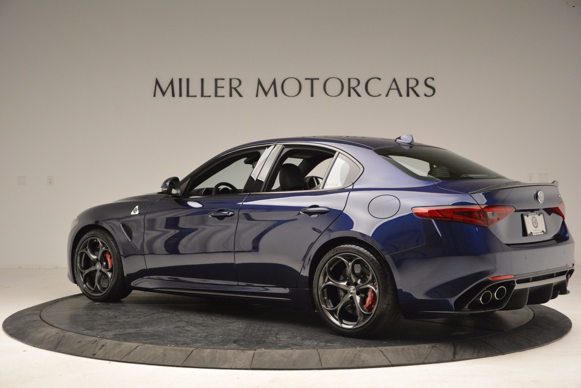 New 2017 Alfa Romeo Giulia Quadrifoglio For Sale In Greenwich, CT 1073_p4