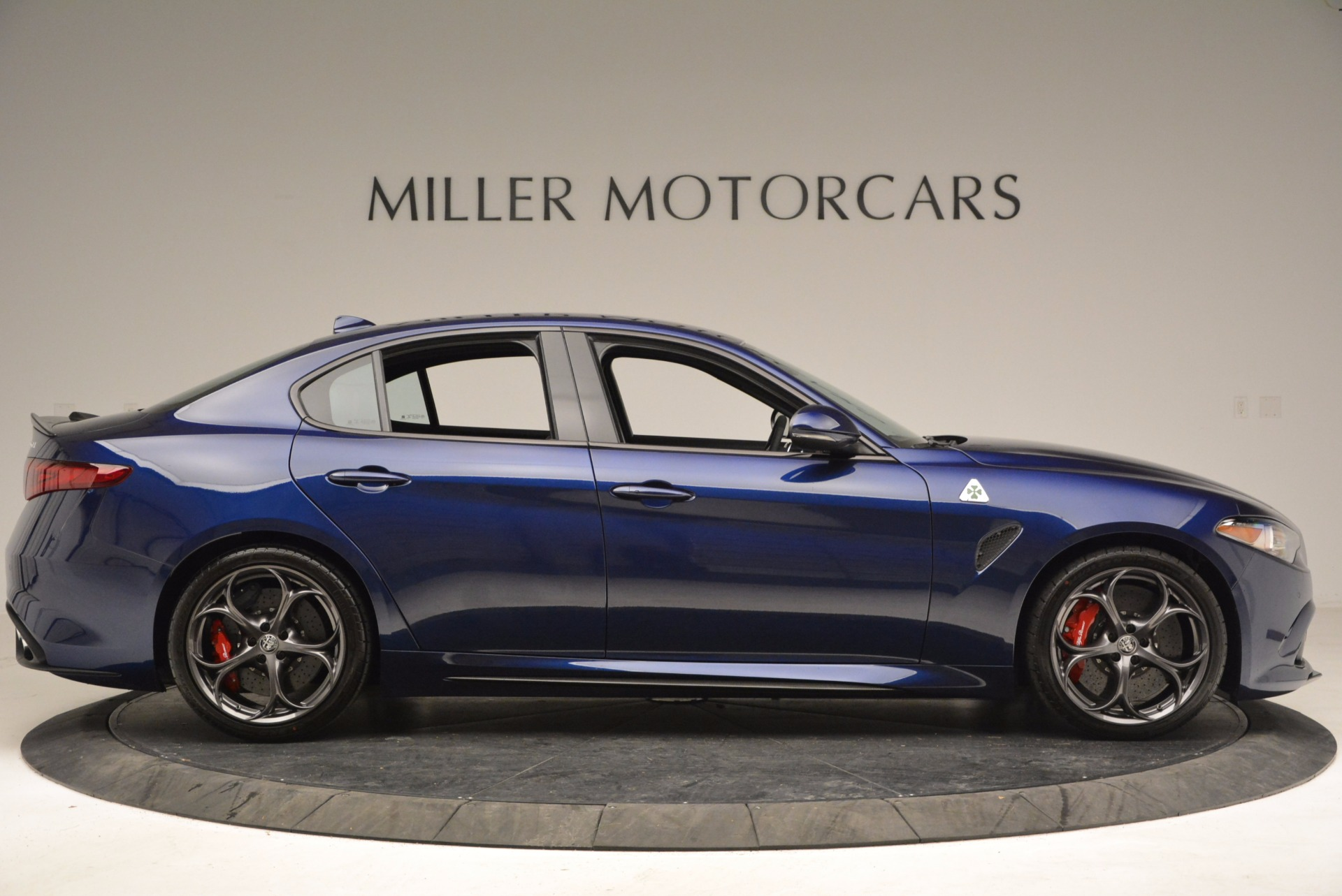 New 2017 Alfa Romeo Giulia Quadrifoglio For Sale In Greenwich, CT 1073_p9