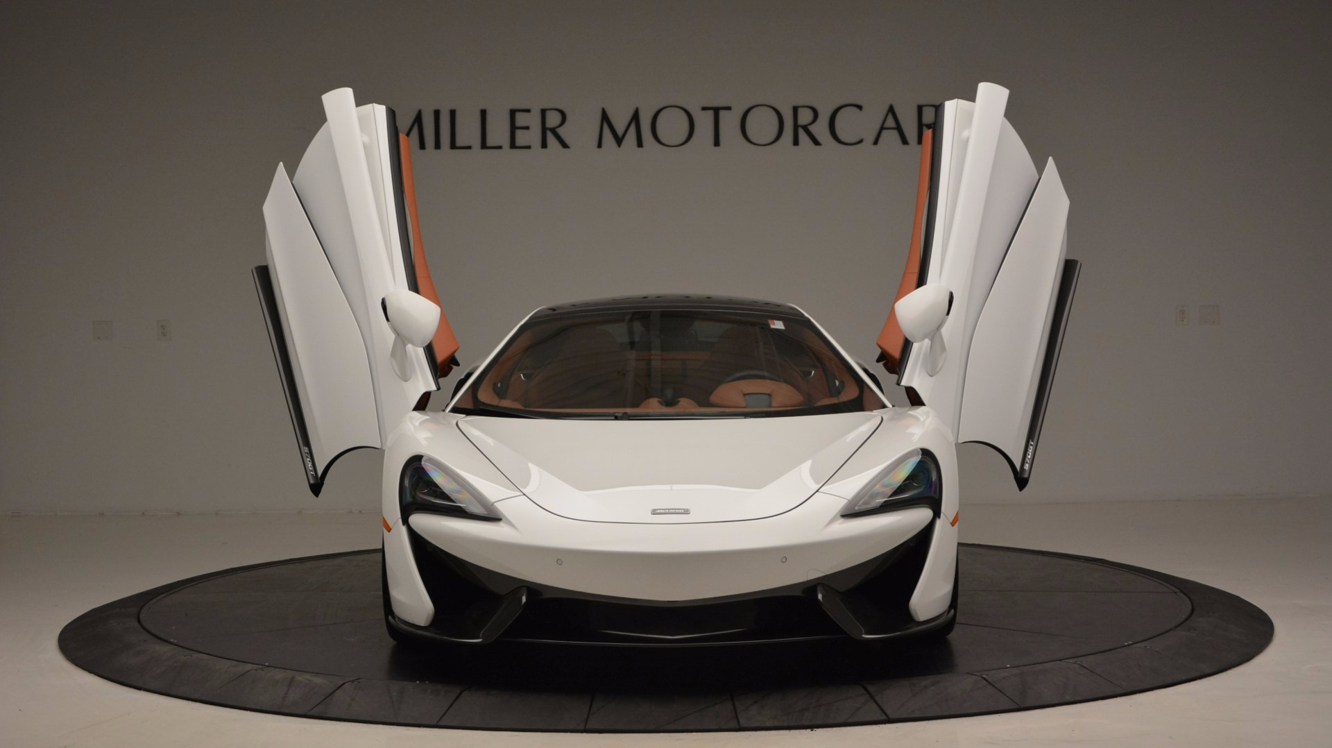 Used 2017 McLaren 570GT  For Sale In Greenwich, CT 1074_p13