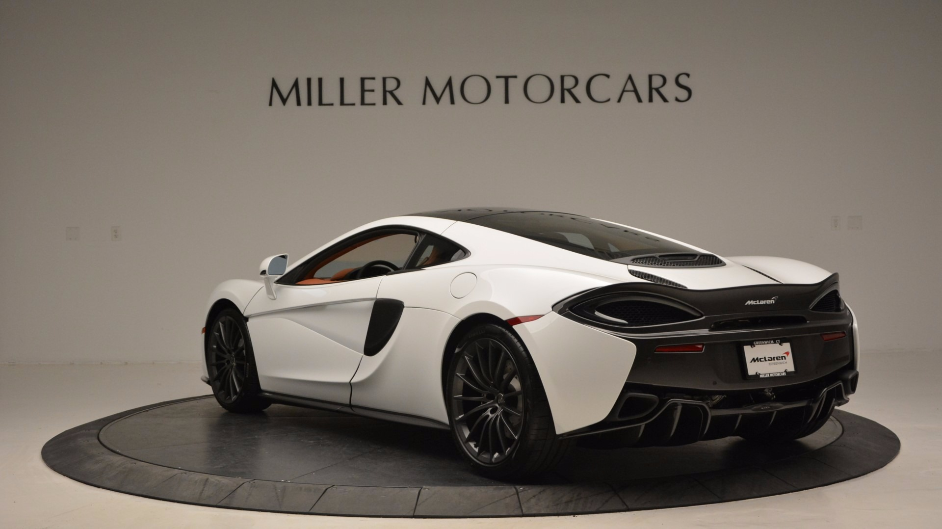 Used 2017 McLaren 570GT  For Sale In Greenwich, CT 1074_p5