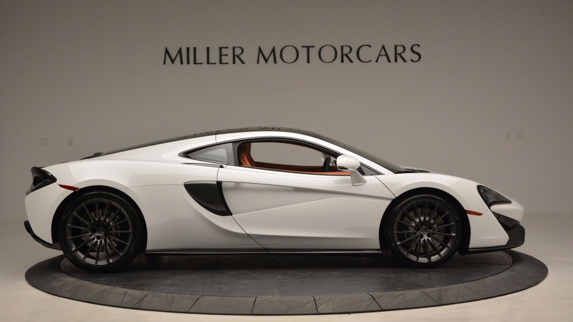 Used 2017 McLaren 570GT  For Sale In Greenwich, CT 1074_p9