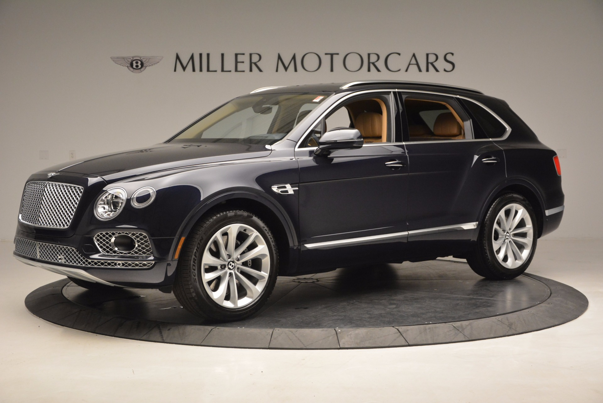 Used 2017 Bentley Bentayga W12 For Sale In Greenwich, CT 1077_p2