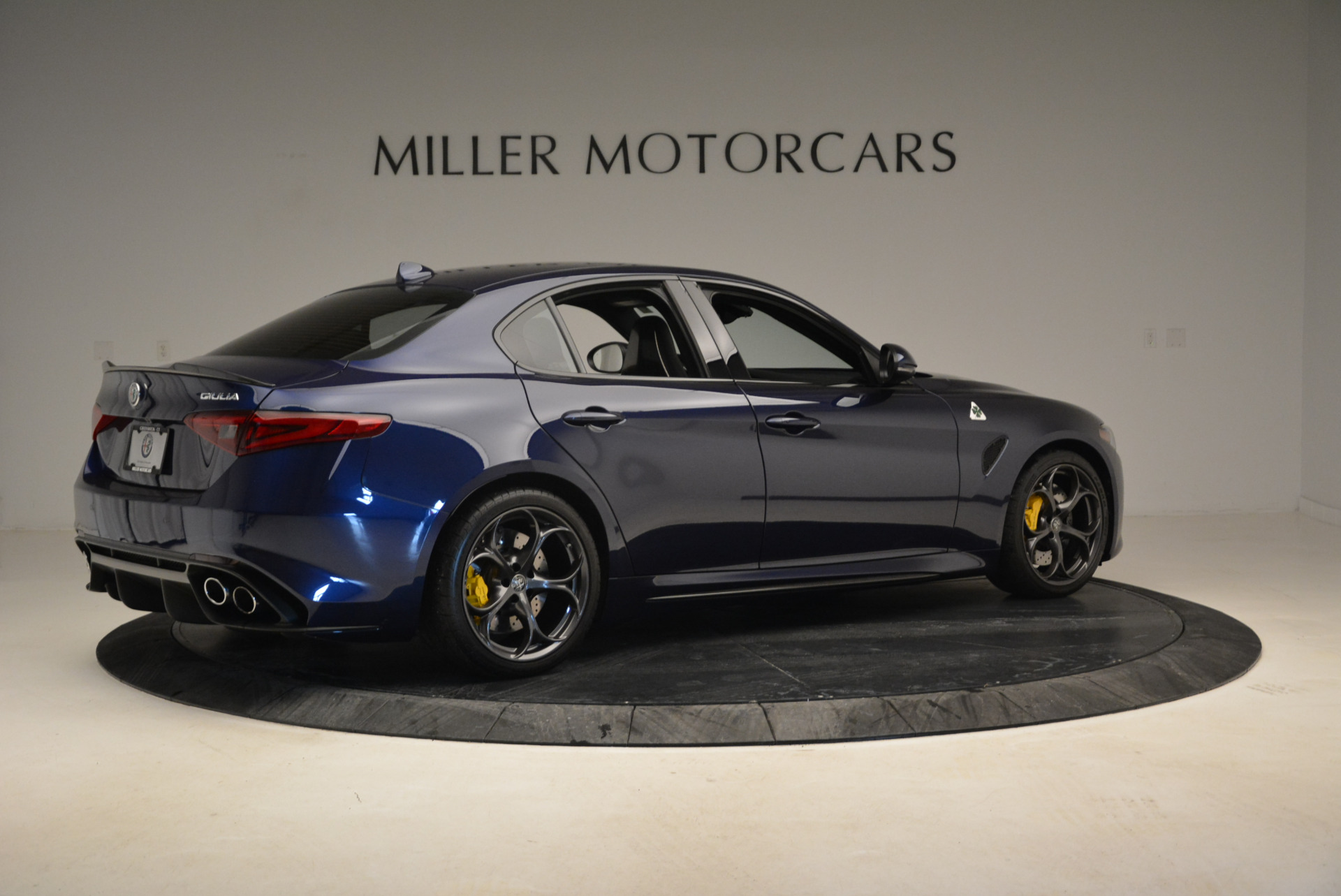 Used 2017 Alfa Romeo Giulia Quadrifoglio For Sale In Greenwich, CT 1079_p8