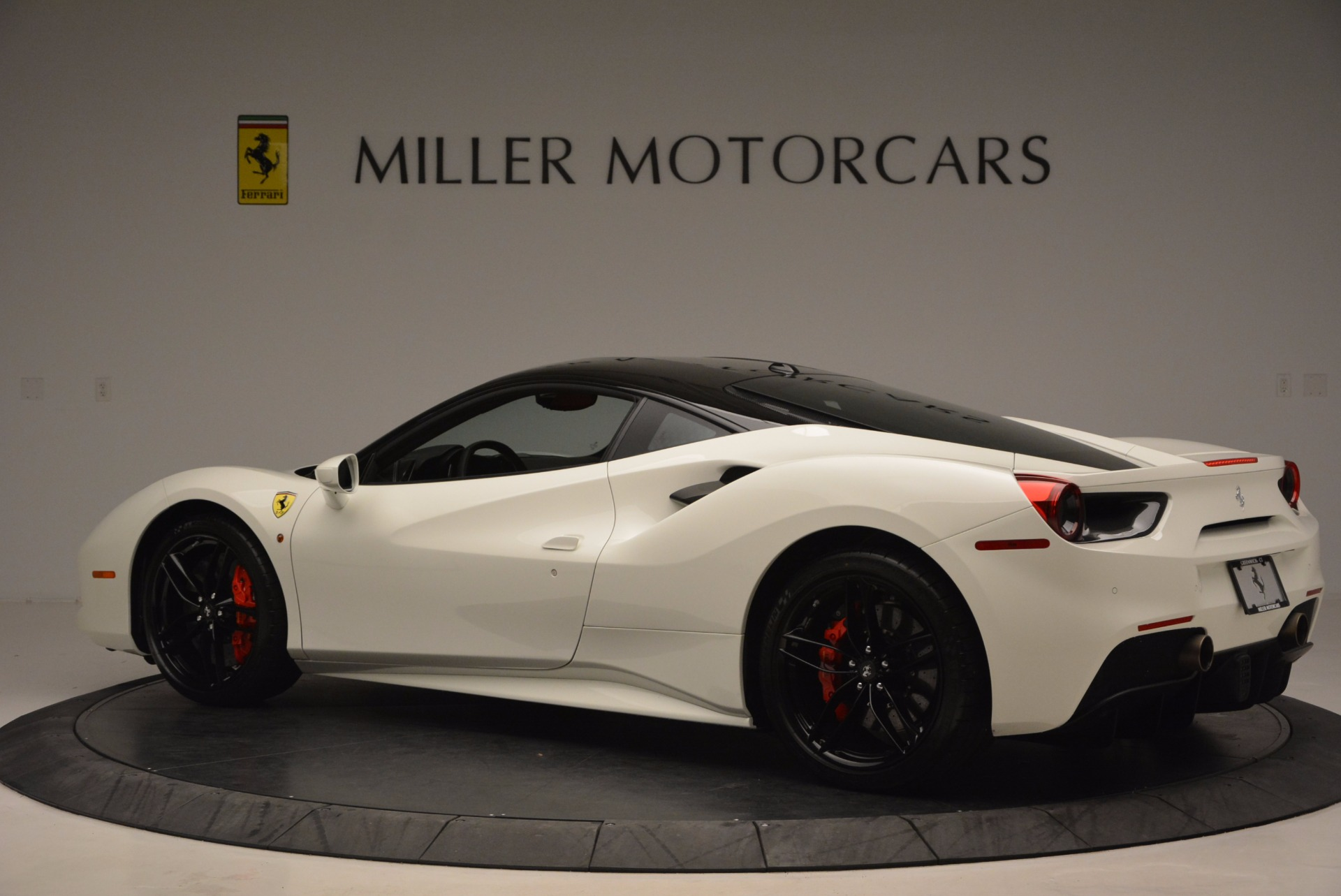 Used 2016 Ferrari 488 GTB  For Sale In Greenwich, CT 1080_p4