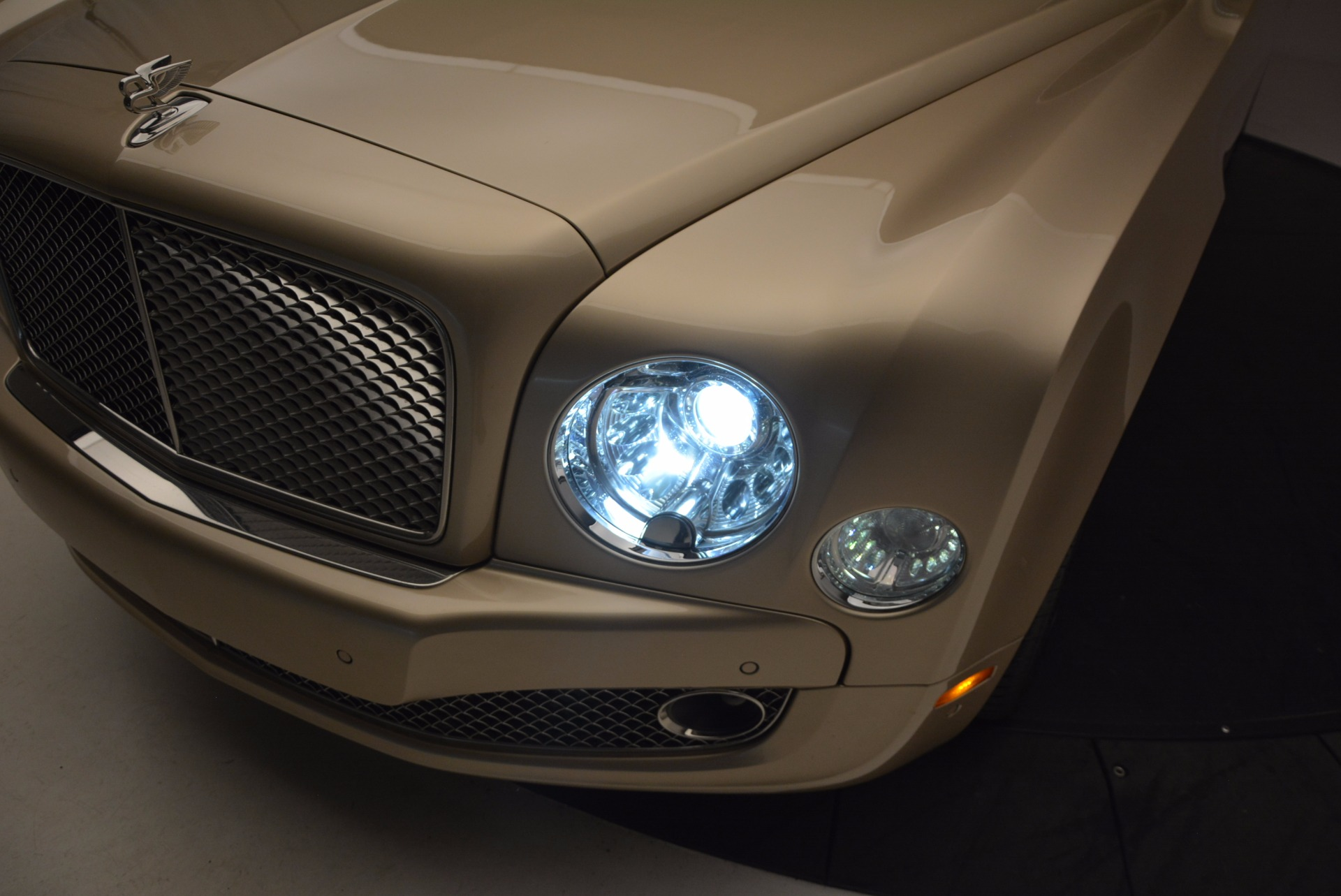 Used 2011 Bentley Mulsanne  For Sale In Greenwich, CT 1081_p16