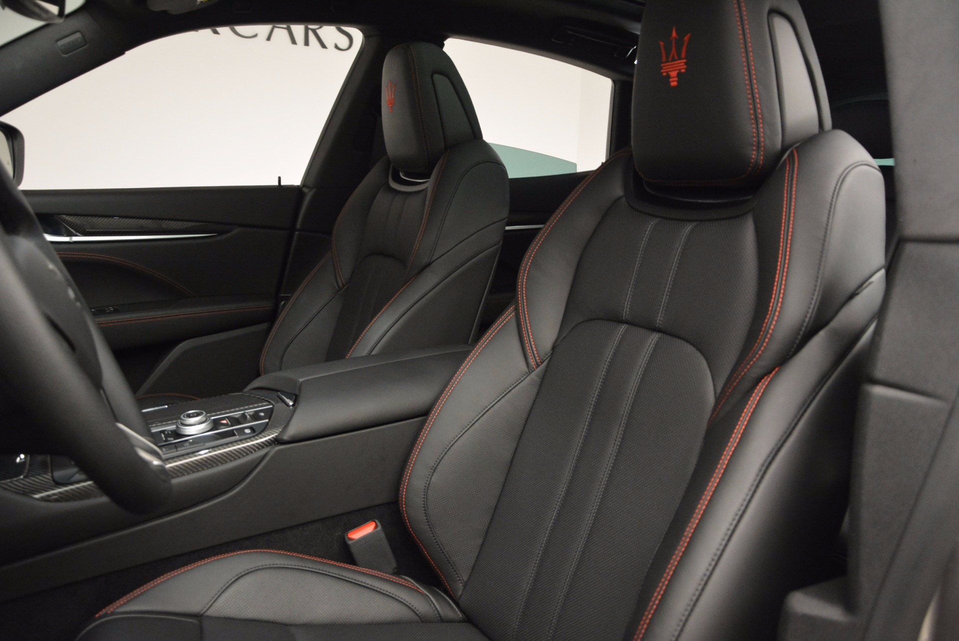 New 2017 Maserati Levante S For Sale In Greenwich, CT 1089_p16