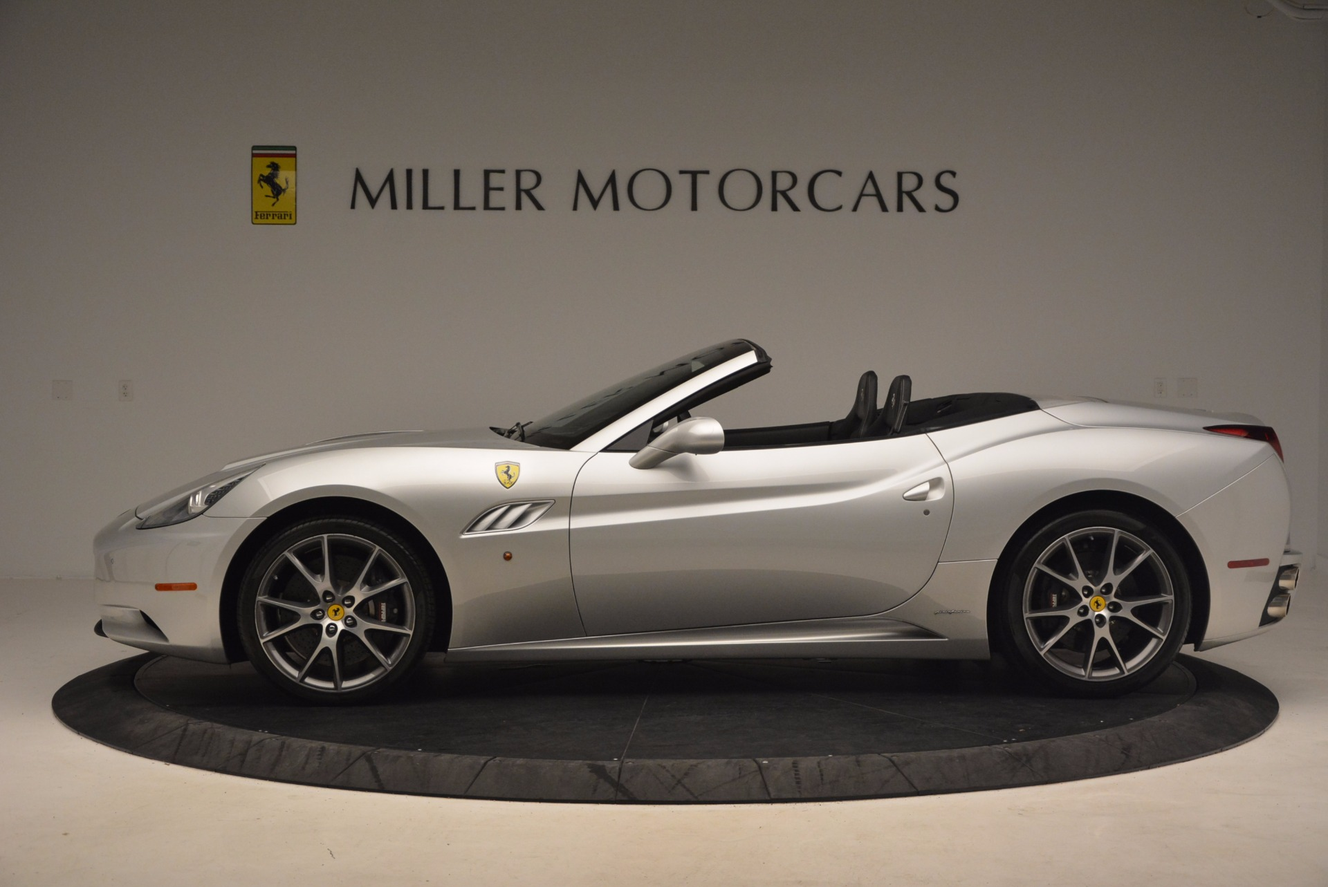 Used 2012 Ferrari California  For Sale In Greenwich, CT 1098_p3