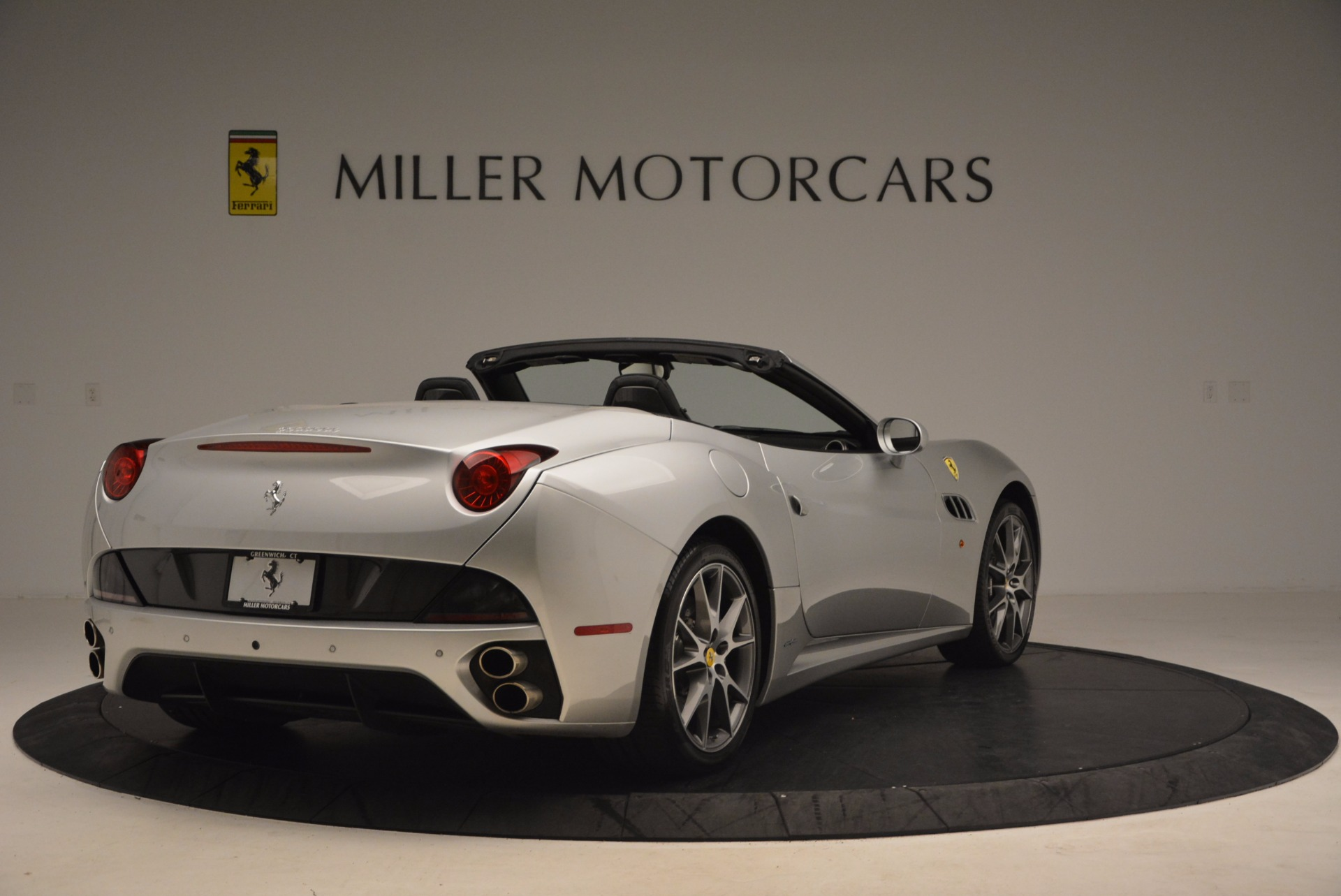 Used 2012 Ferrari California  For Sale In Greenwich, CT 1098_p7
