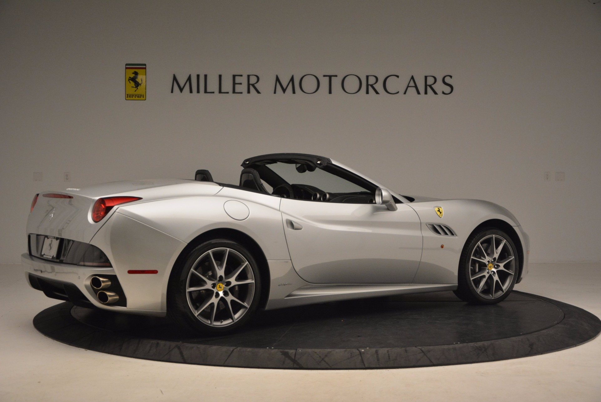 Used 2012 Ferrari California  For Sale In Greenwich, CT 1098_p8