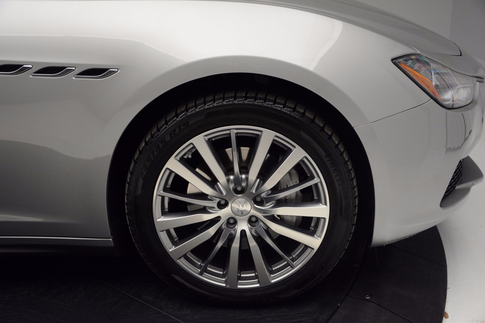 Used 2014 Maserati Ghibli  For Sale In Greenwich, CT 1099_p22