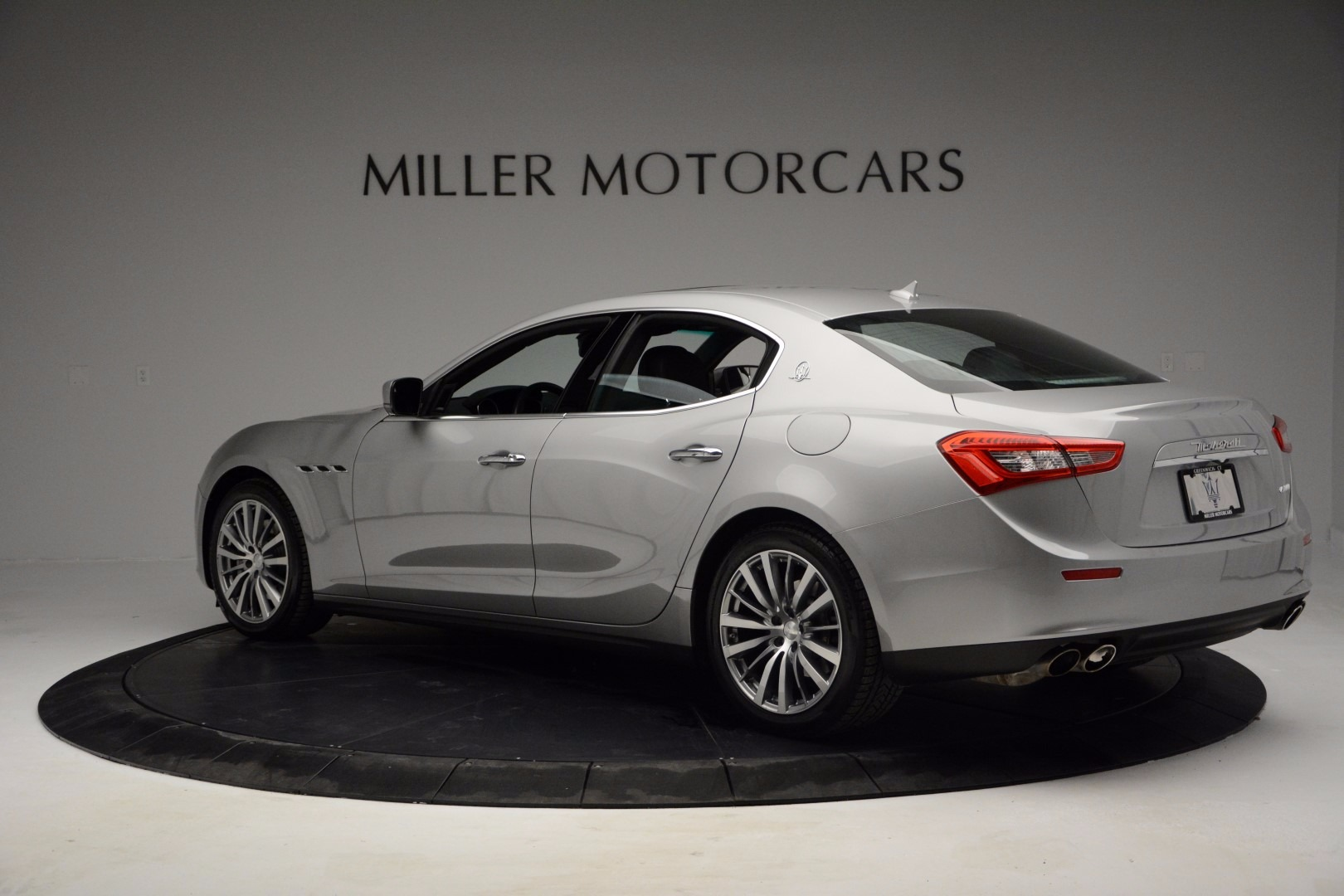 Used 2014 Maserati Ghibli  For Sale In Greenwich, CT 1099_p3