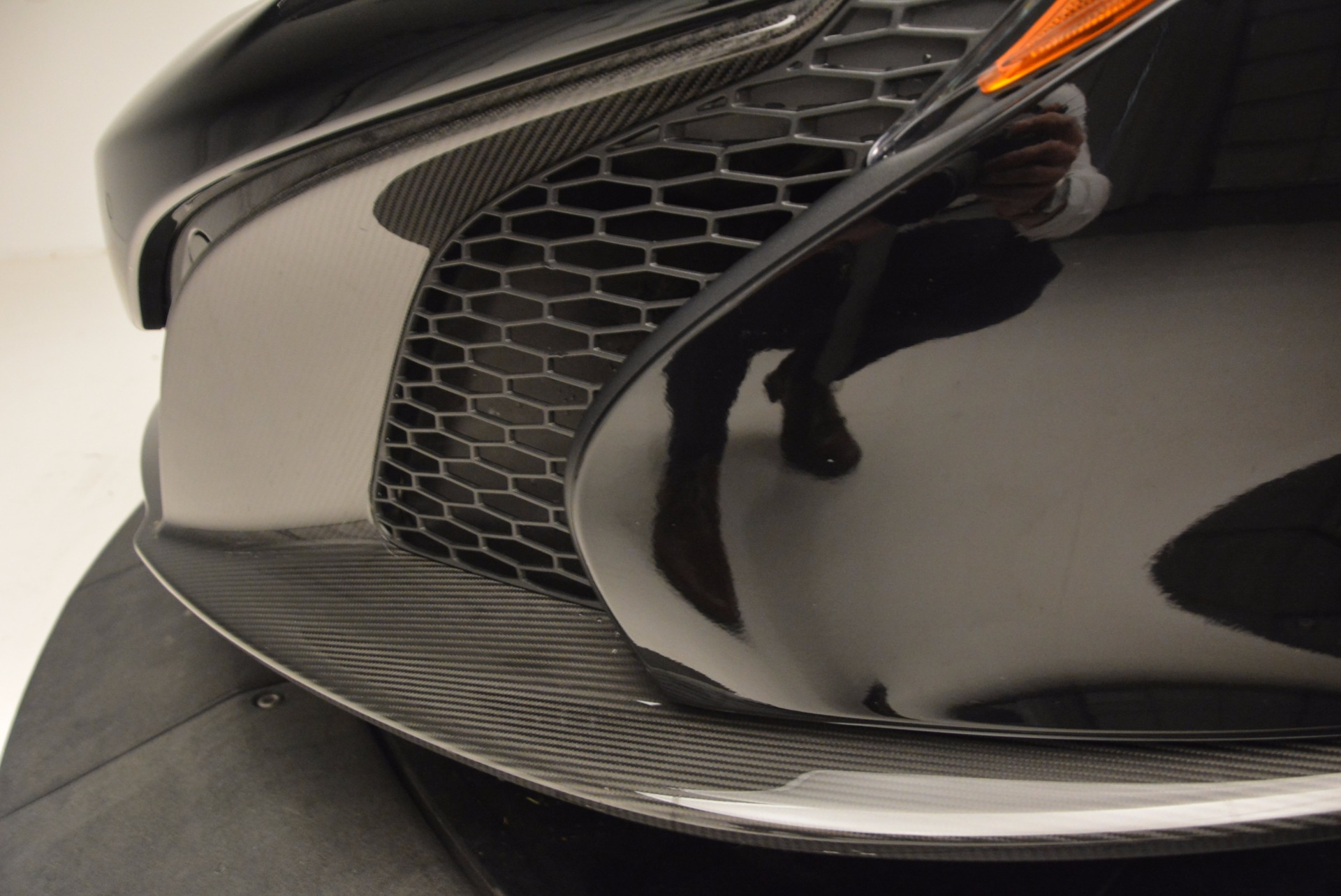 Used 2016 McLaren 650S Spider  For Sale In Greenwich, CT 1103_p28