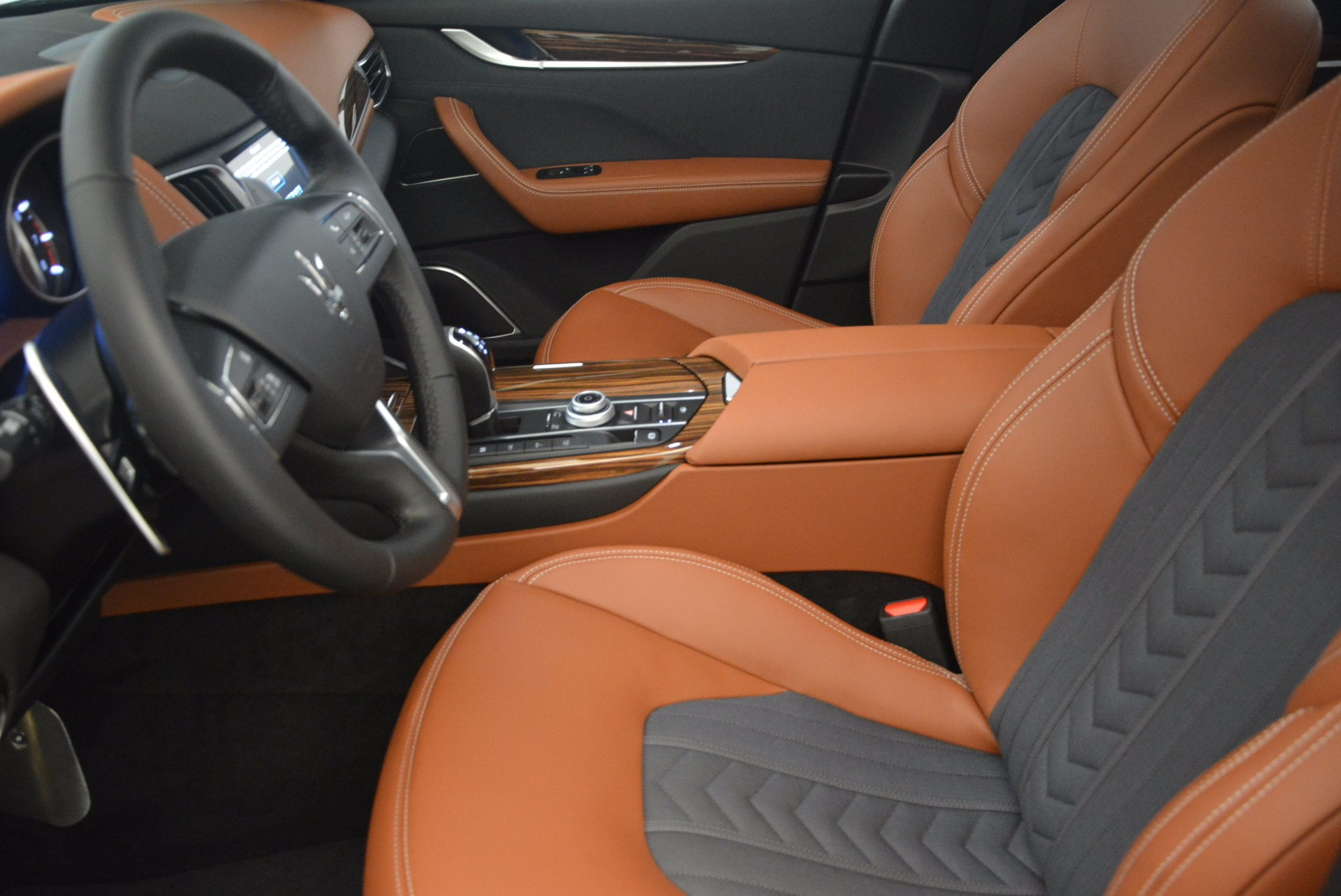 New 2017 Maserati Levante  For Sale In Greenwich, CT 1118_p14