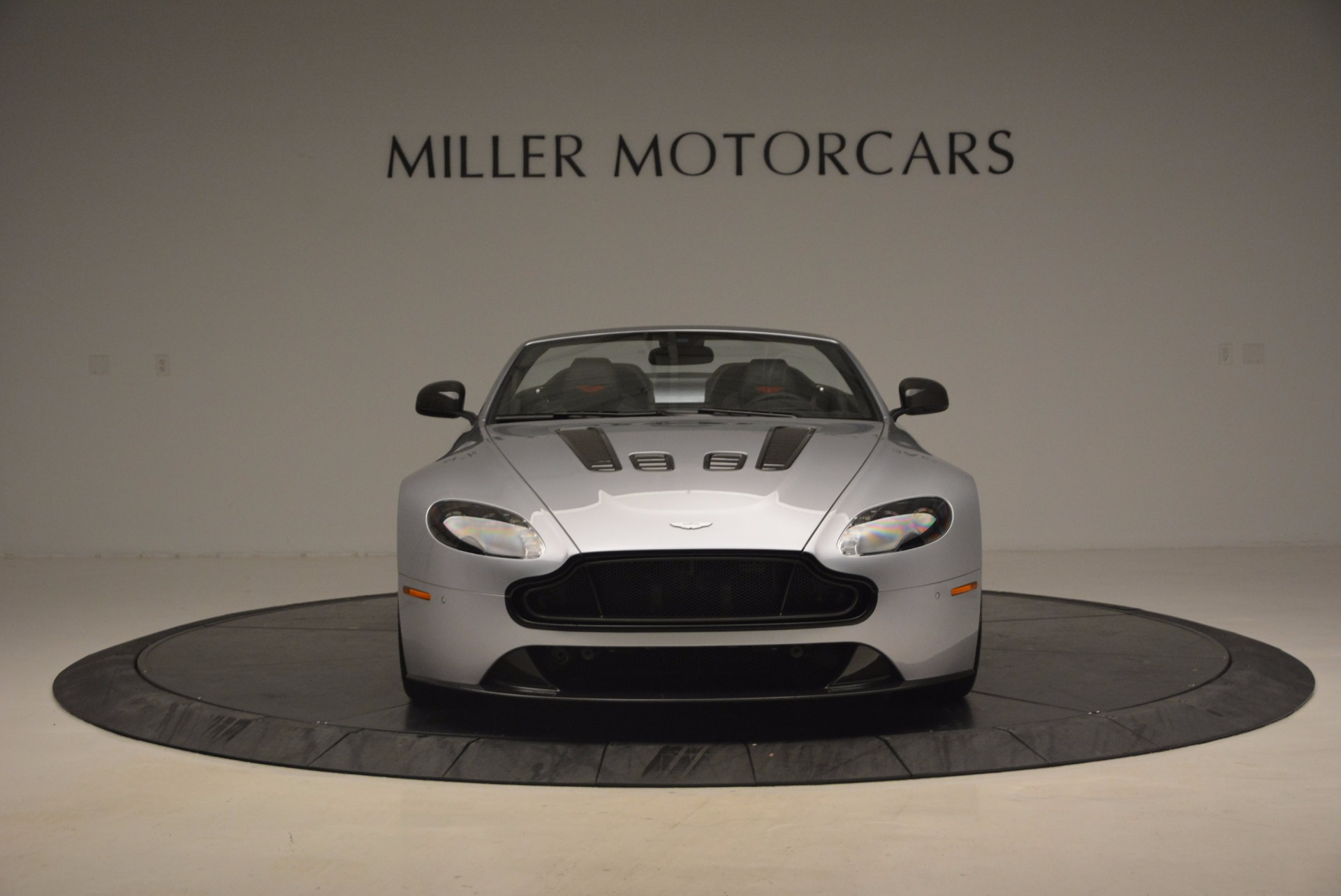 Used 2015 Aston Martin V12 Vantage S Roadster For Sale In Greenwich, CT 1130_p12