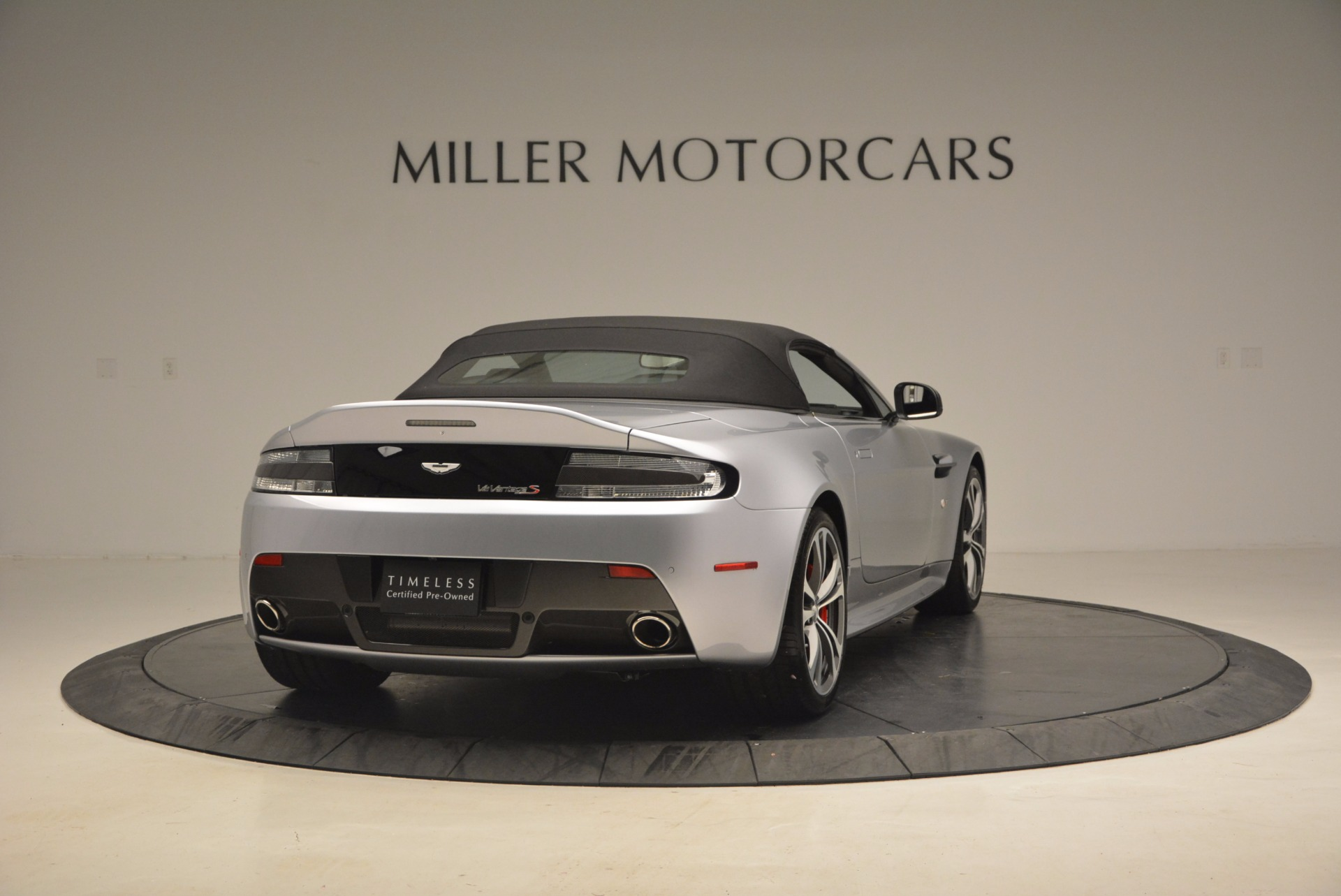 Used 2015 Aston Martin V12 Vantage S Roadster For Sale In Greenwich, CT 1130_p19
