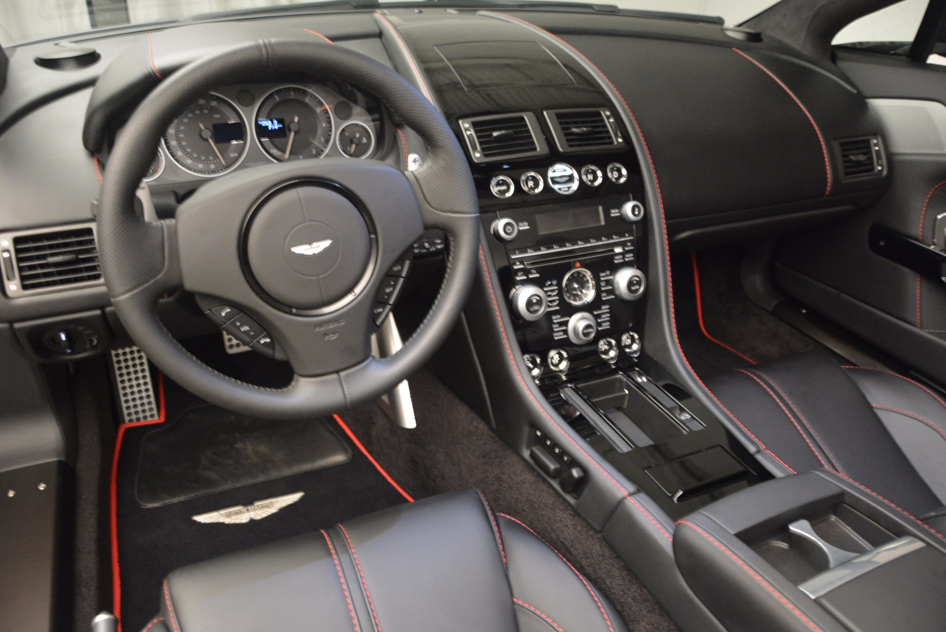 Used 2015 Aston Martin V12 Vantage S Roadster For Sale In Greenwich, CT 1130_p25
