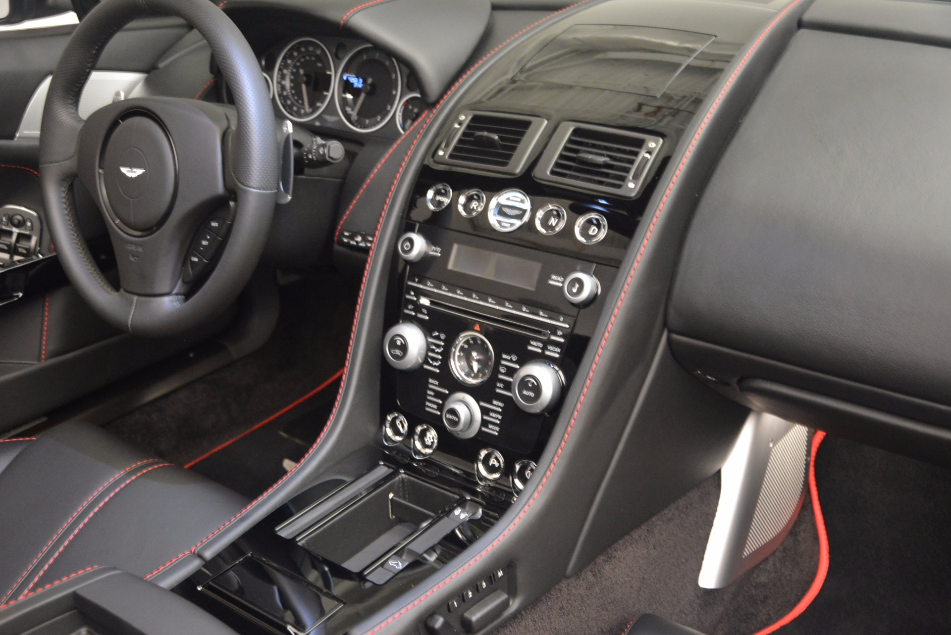 Used 2015 Aston Martin V12 Vantage S Roadster For Sale In Greenwich, CT 1130_p30