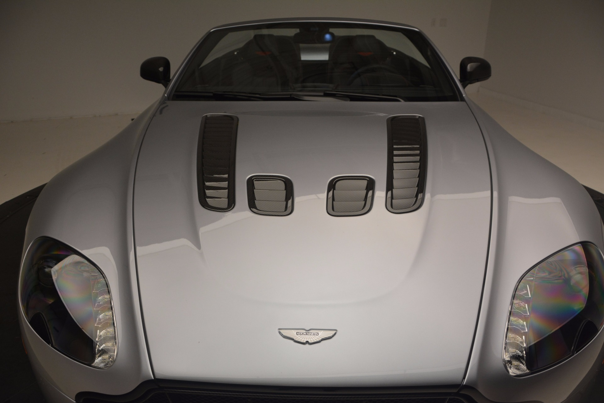 Used 2015 Aston Martin V12 Vantage S Roadster For Sale In Greenwich, CT 1130_p32